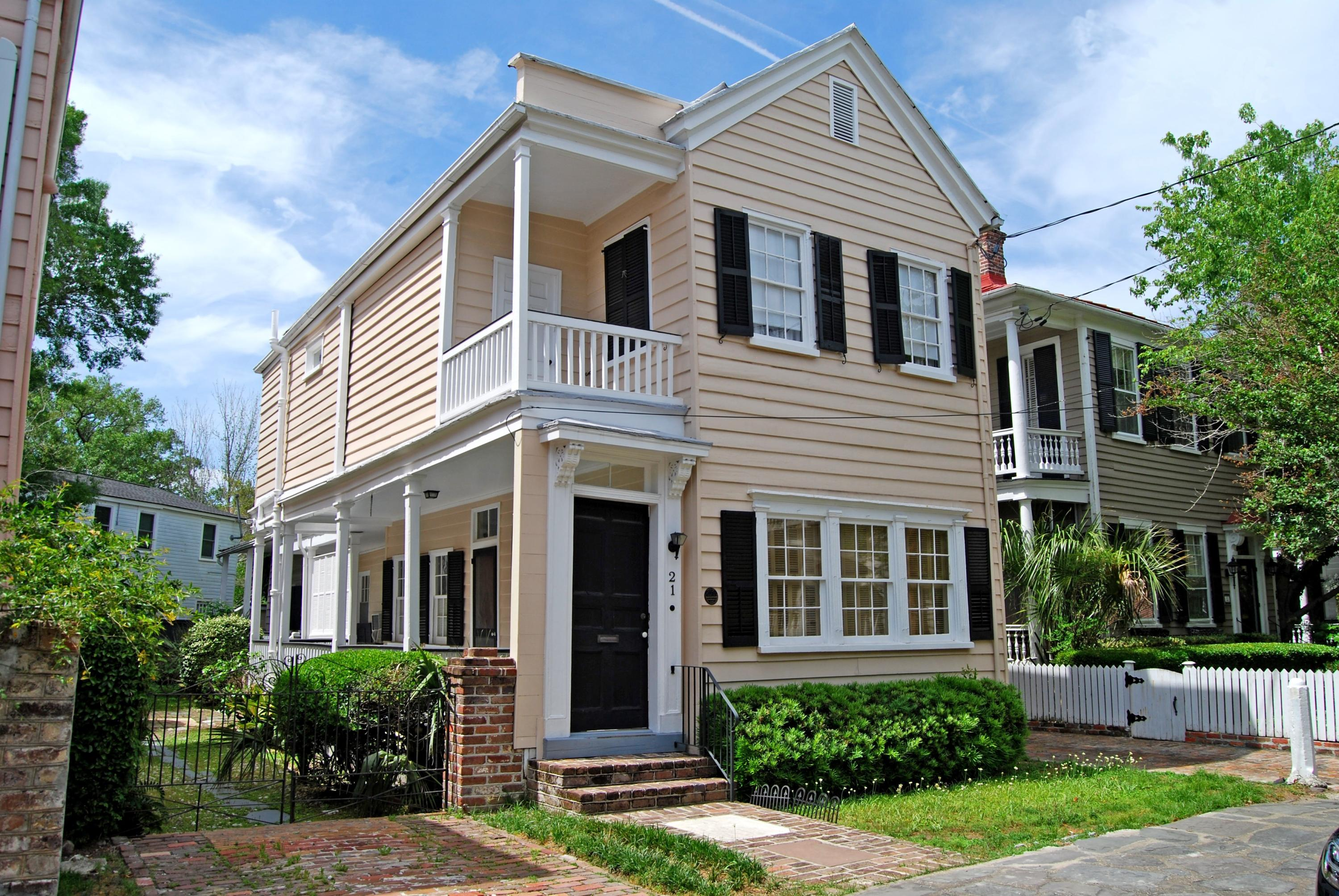 21 Savage Street Charleston, SC 29401