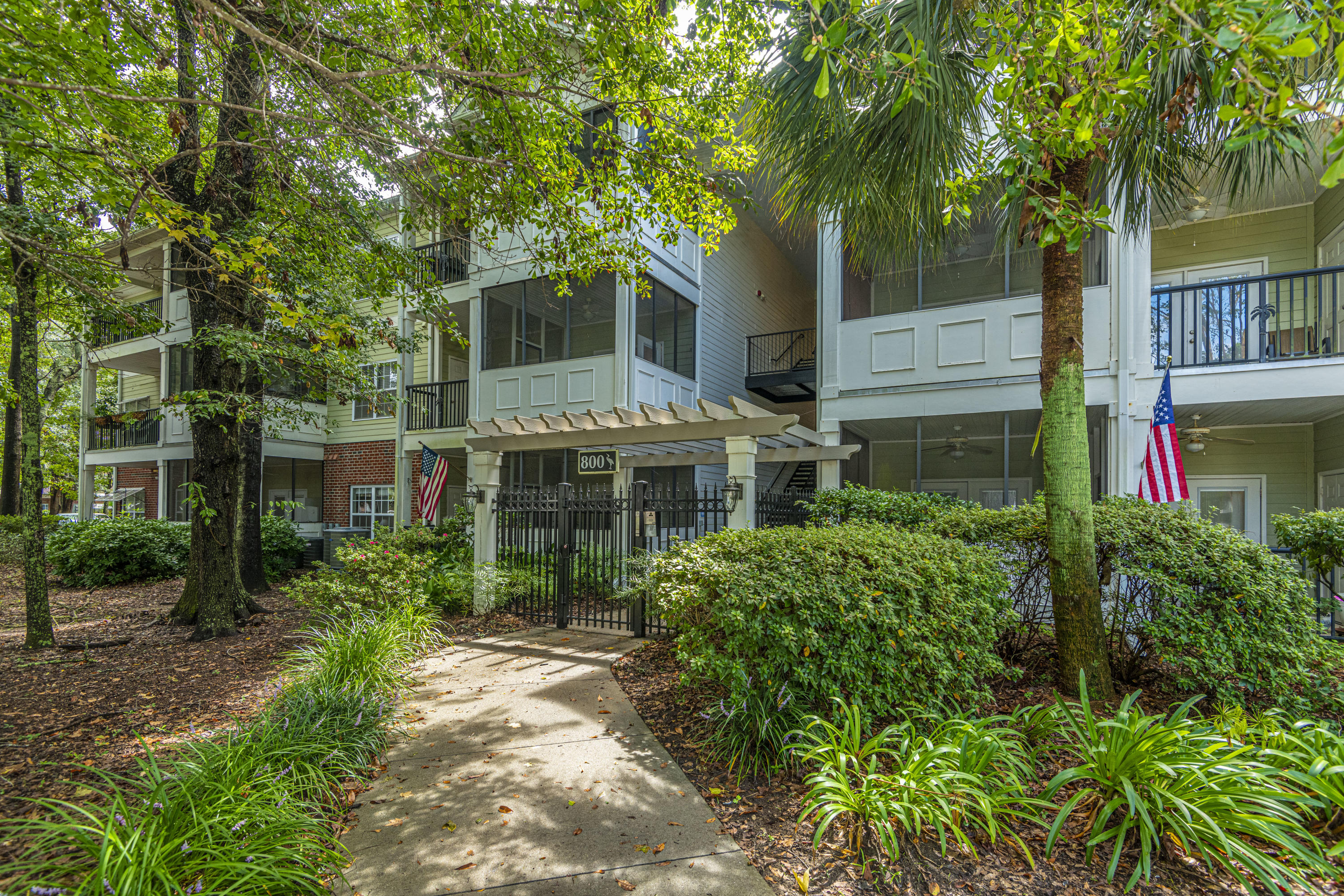 1025 Riverland Woods Place UNIT 816 Charleston, SC 29412