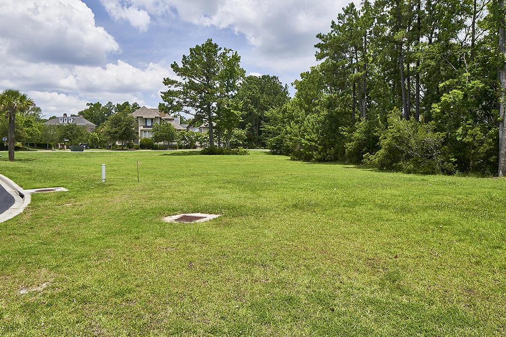 260 Island Park Drive Charleston, SC 29492