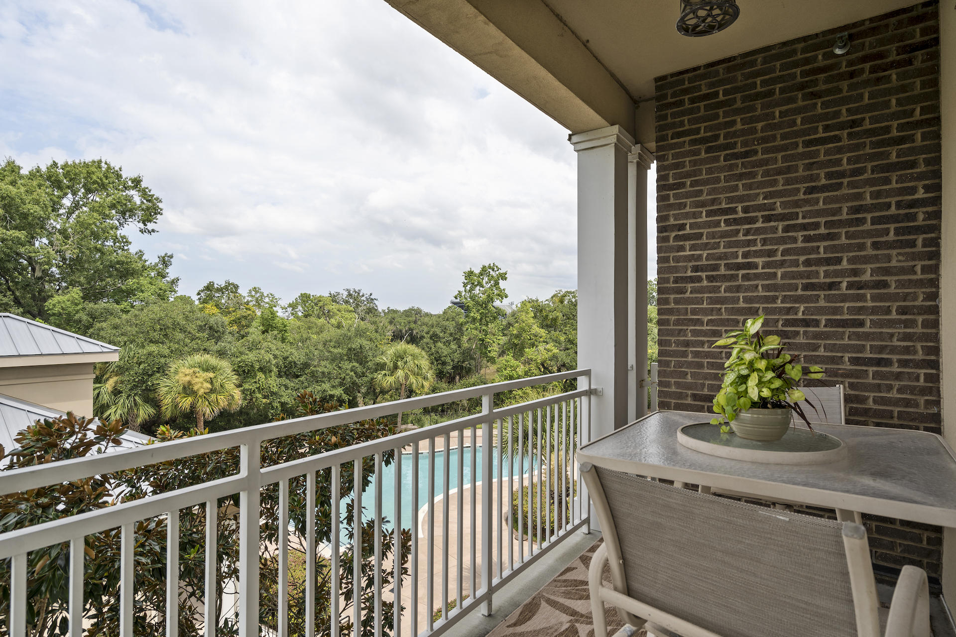 200 River Landing Drive UNIT F 202 Charleston, SC 29492