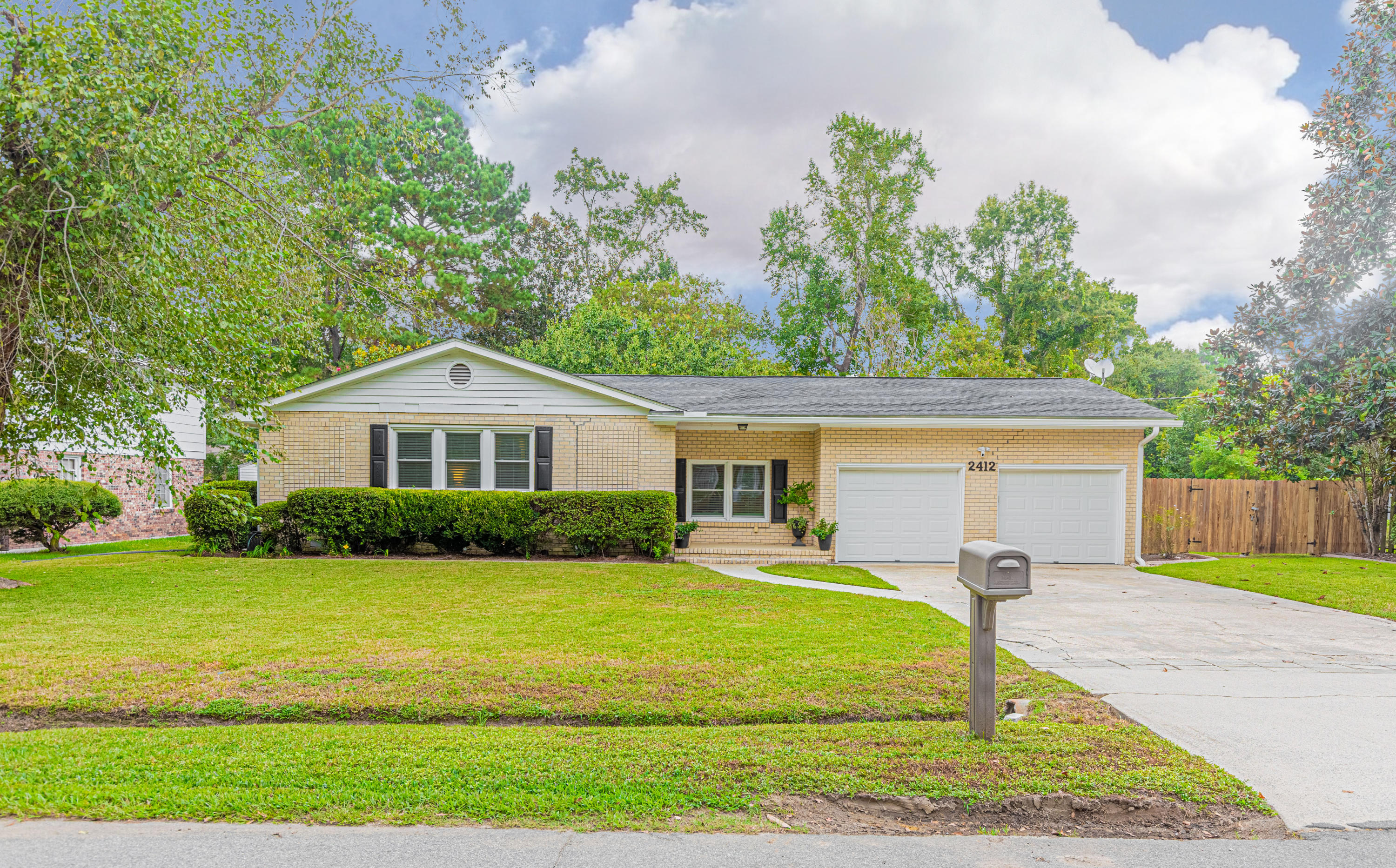 2412 Tiffany Drive Charleston, SC 29414