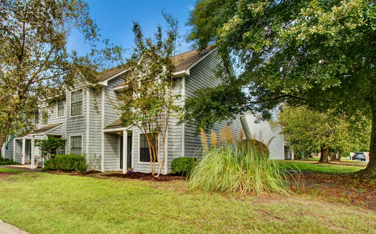 1685 Hunters Run Mount Pleasant, SC 29464