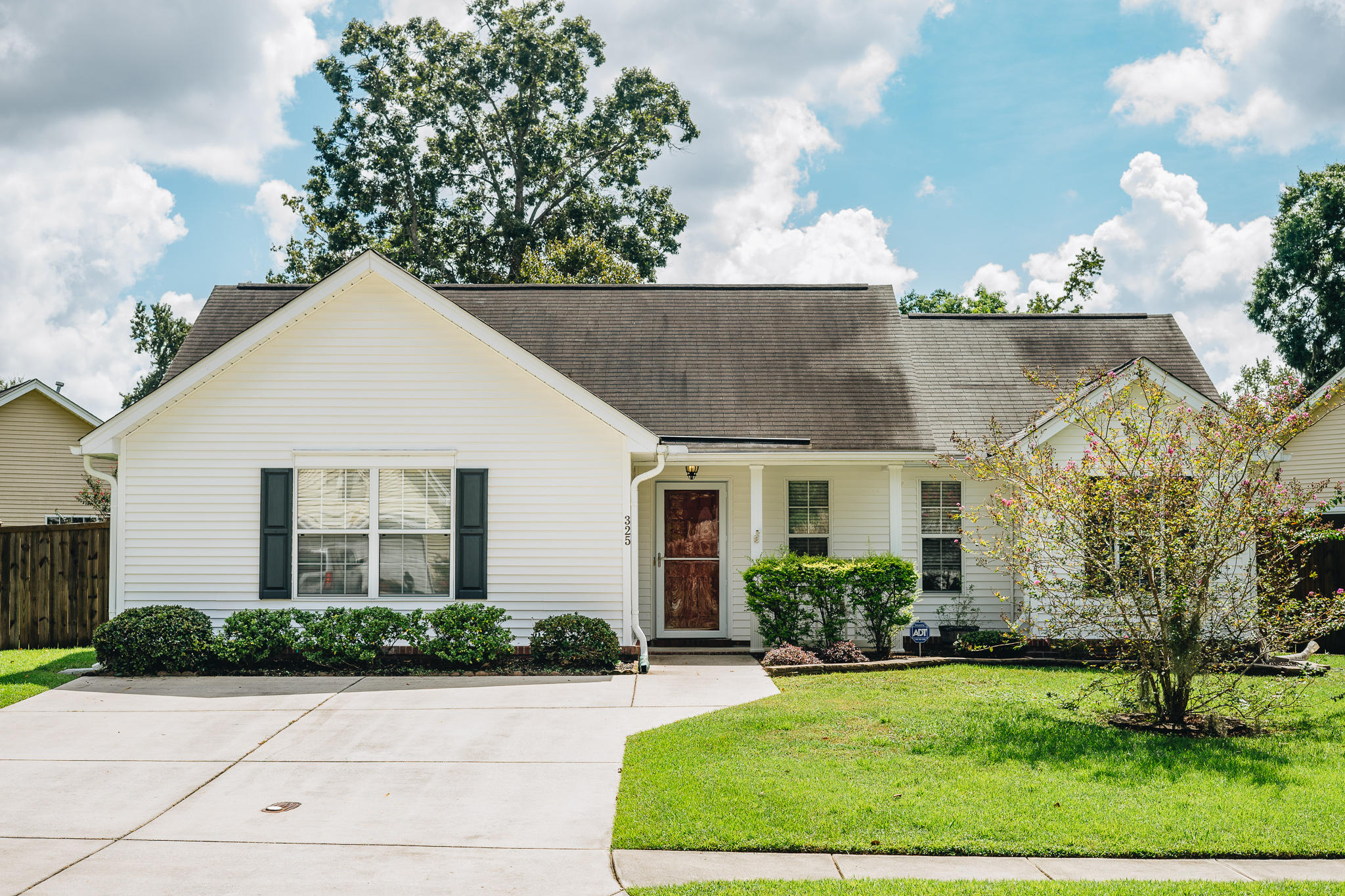 325 Rose Marie Lane Charleston, SC 29414