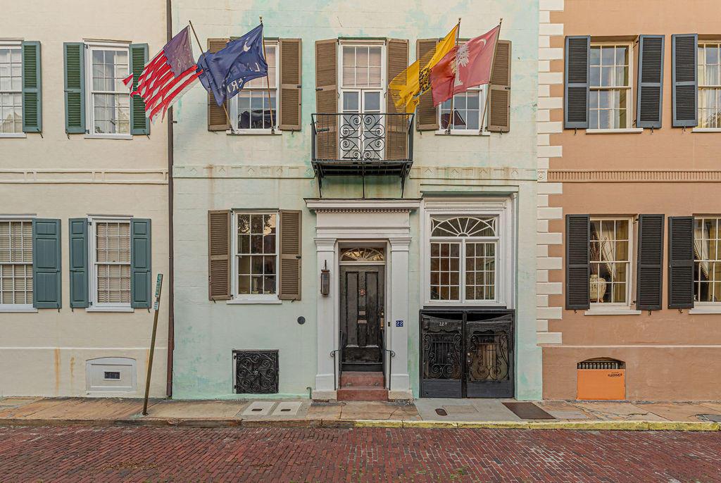 22 Church Street Charleston, SC 29401