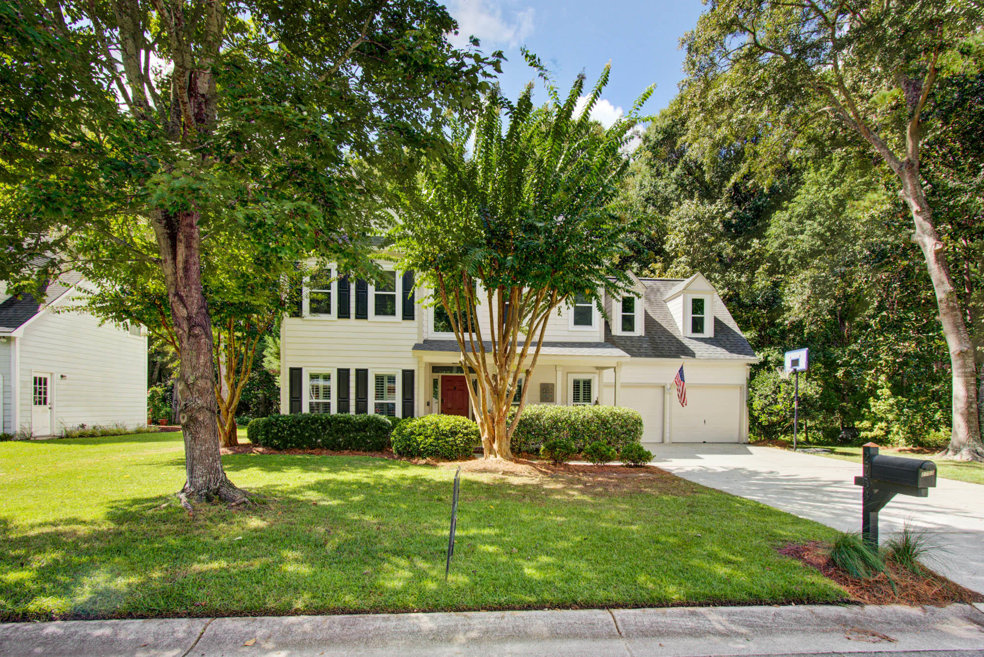 2753 Merwether Lane Mount Pleasant, SC 29466