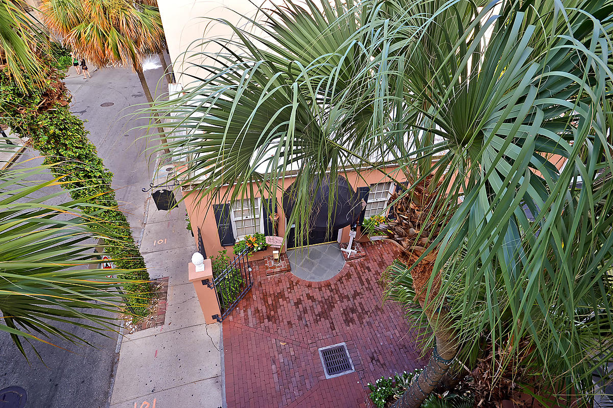 French Quarter Homes For Sale - 78 Queen, Charleston, SC - 2