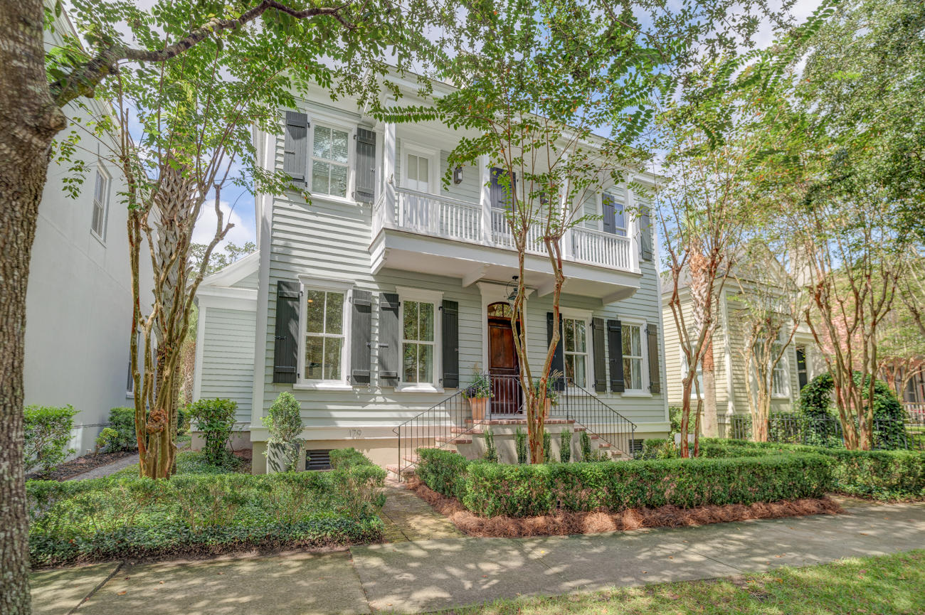 179 Ionsborough Street Mount Pleasant, SC 29464
