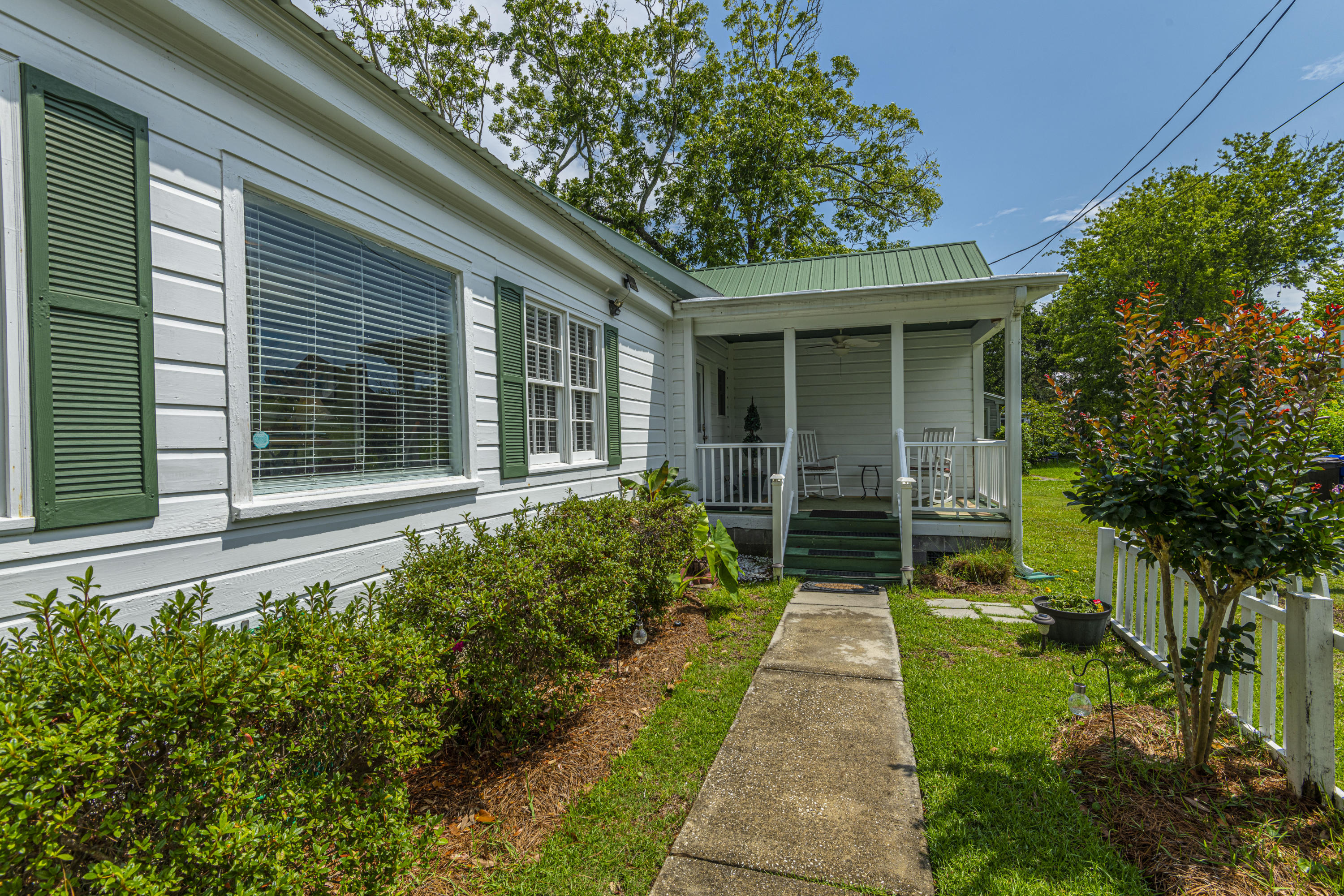 Old Village Homes For Sale - 922 Pitt, Mount Pleasant, SC - 12