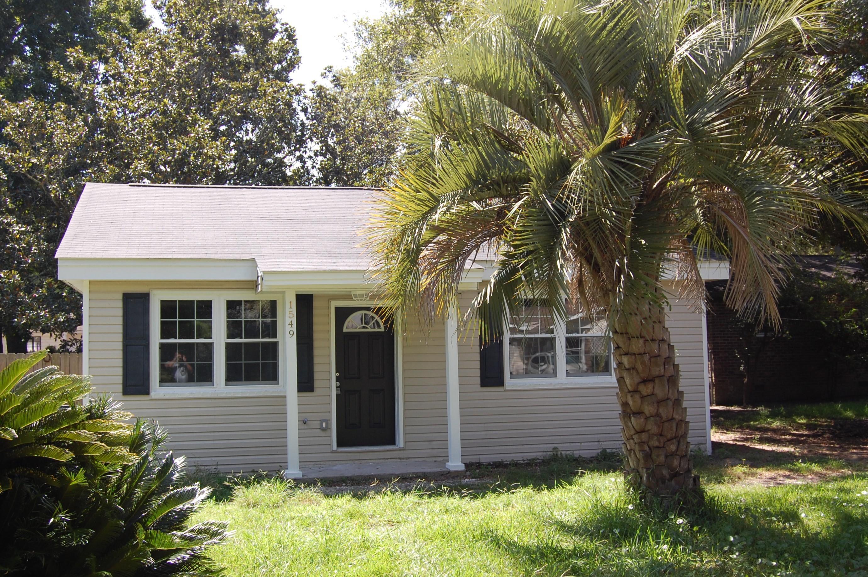 1549 Acacia Street Charleston, SC 29407