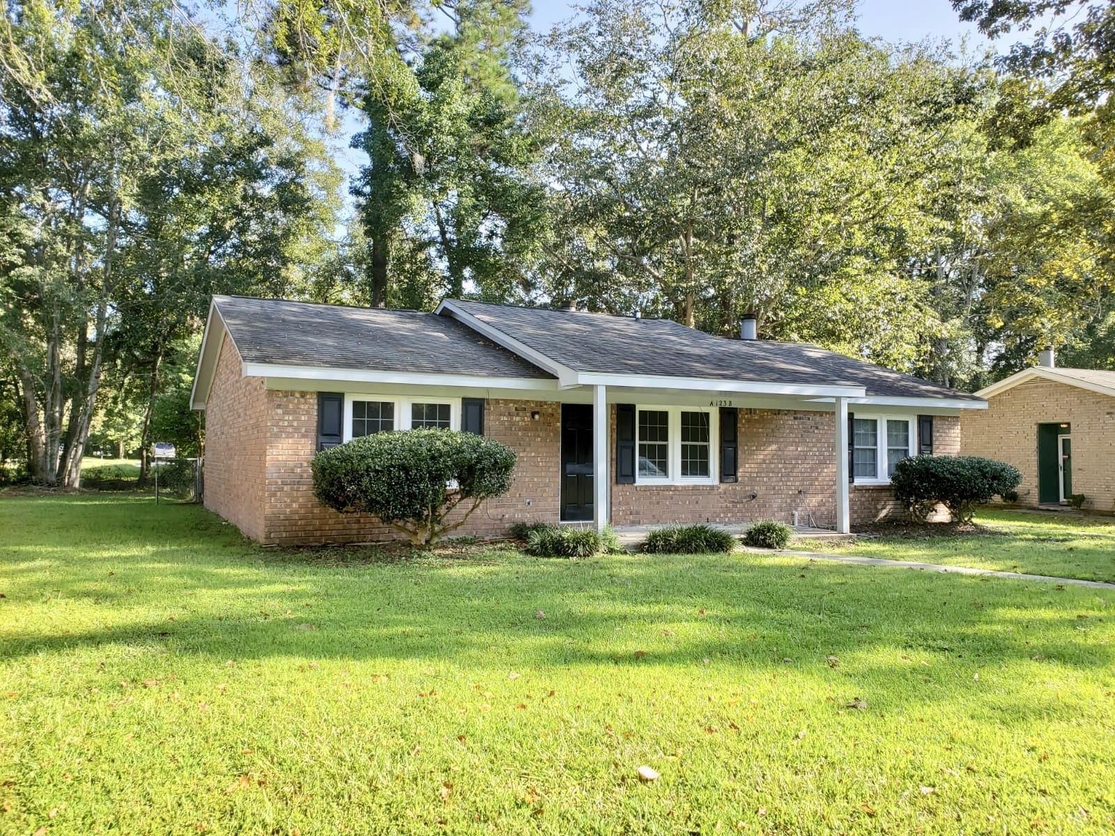 123 Susan Drive UNIT A & B Summerville, SC 29485