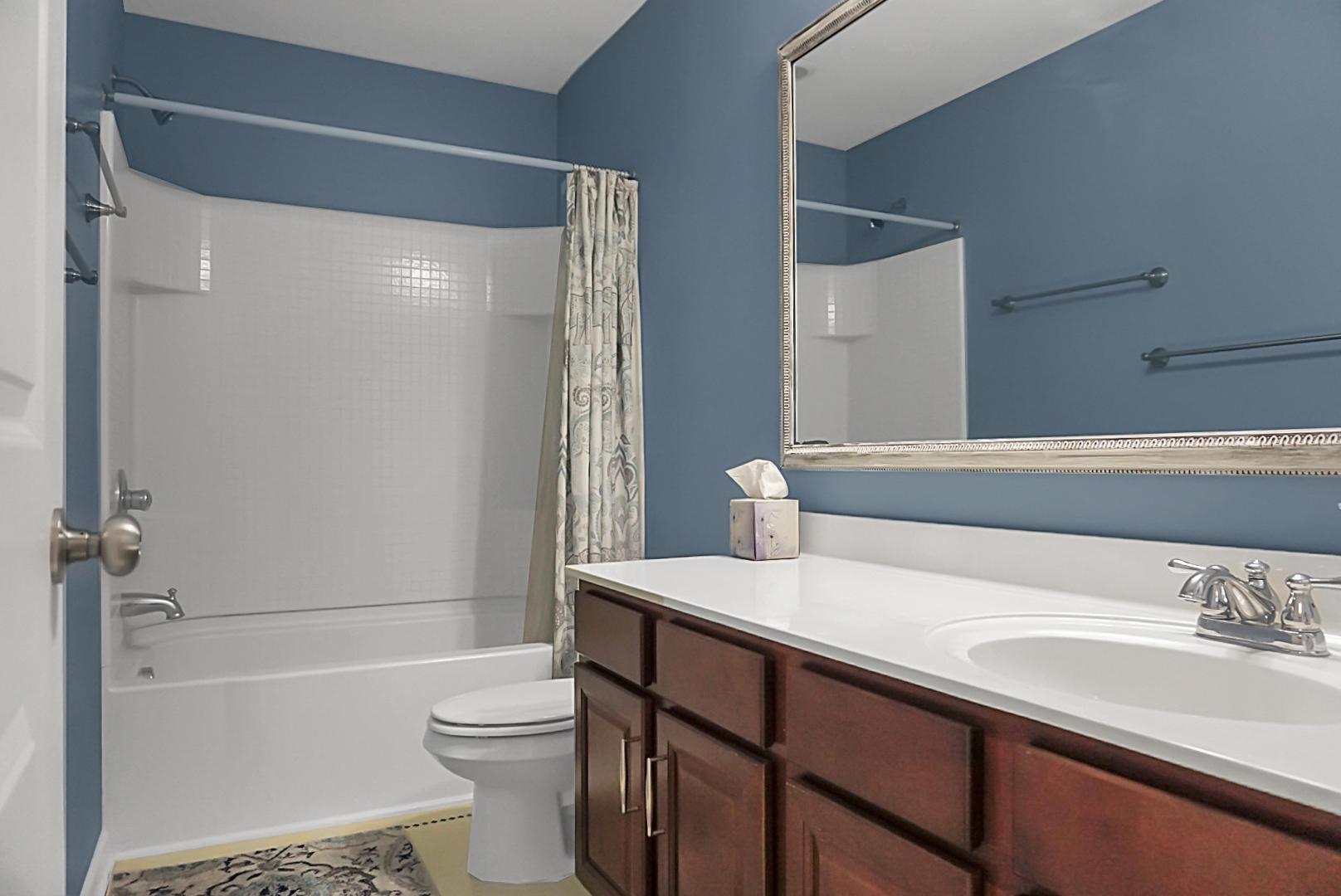 1903 Chestnut Oak Lane Charleston, SC 29414