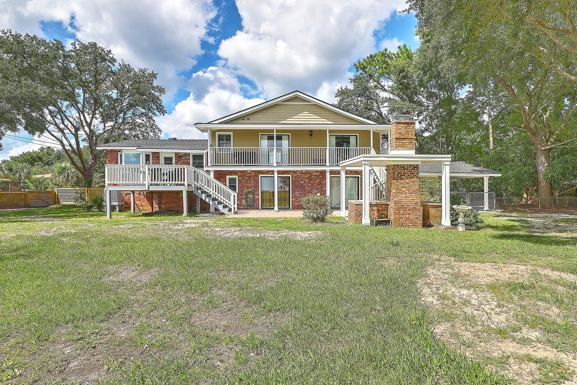 203 Cynthia Lane Charleston, SC 29407