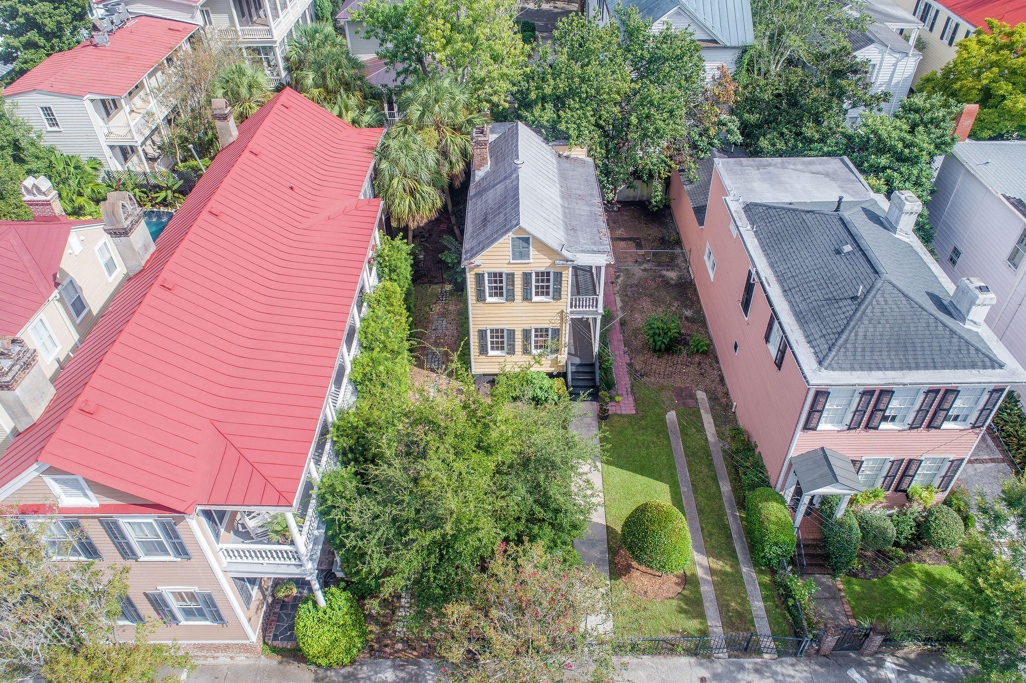 South of Broad Homes For Sale - 40 Savage, Charleston, SC - 1