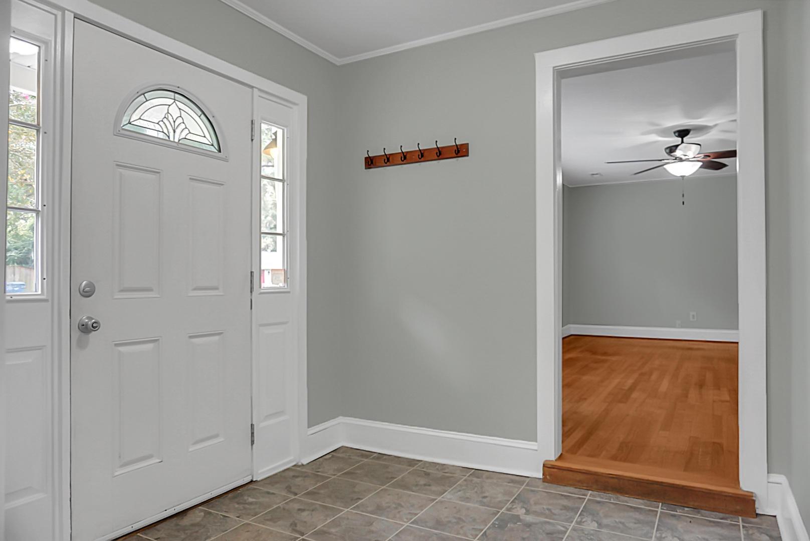 1724 Pinecrest Road Charleston, SC 29407