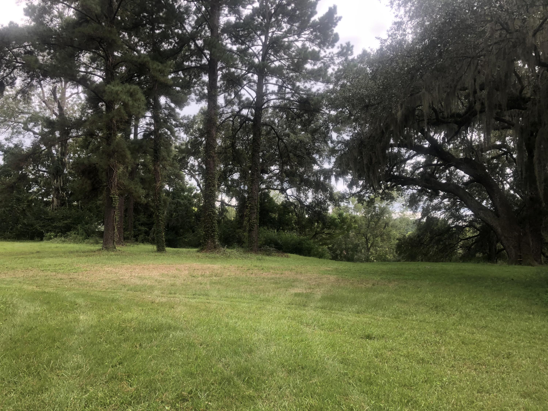 Fairington Drive Summerville, SC 29485