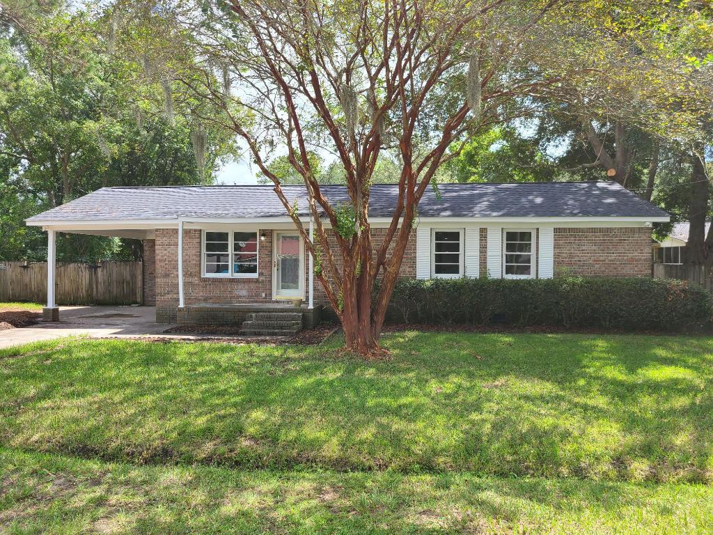 1862 Hazelwood Drive Charleston, SC 29407