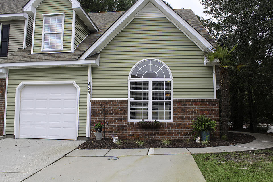 8743 Grassy Oak Trail North Charleston, SC 29420