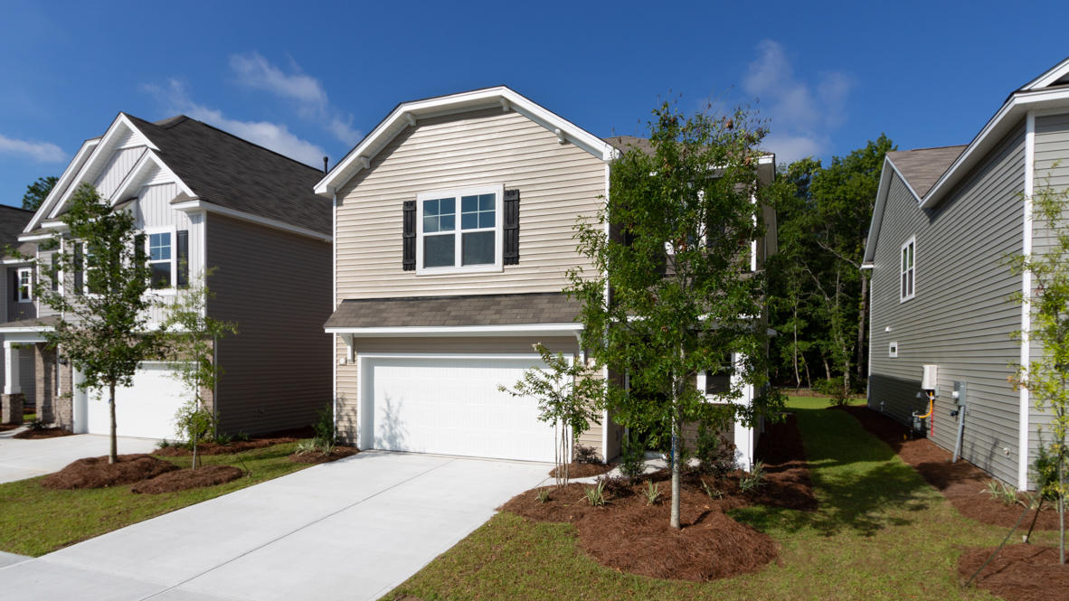 995 Sago Palm Court Mount Pleasant, SC 29429