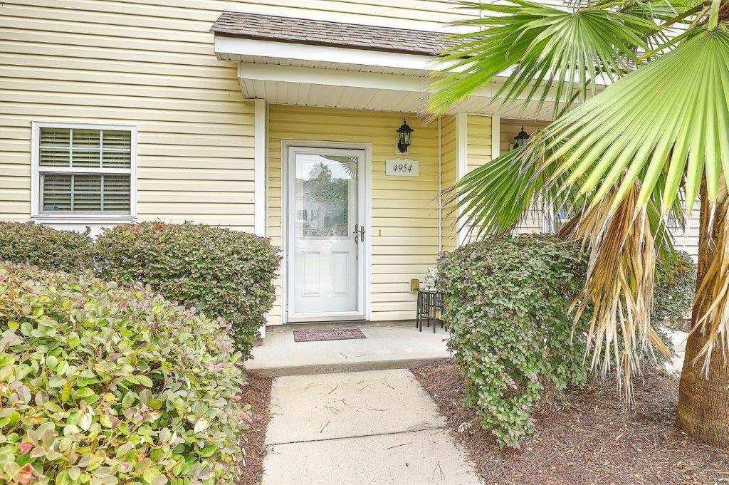 4954 Date Palm Drive North Charleston, SC 29418