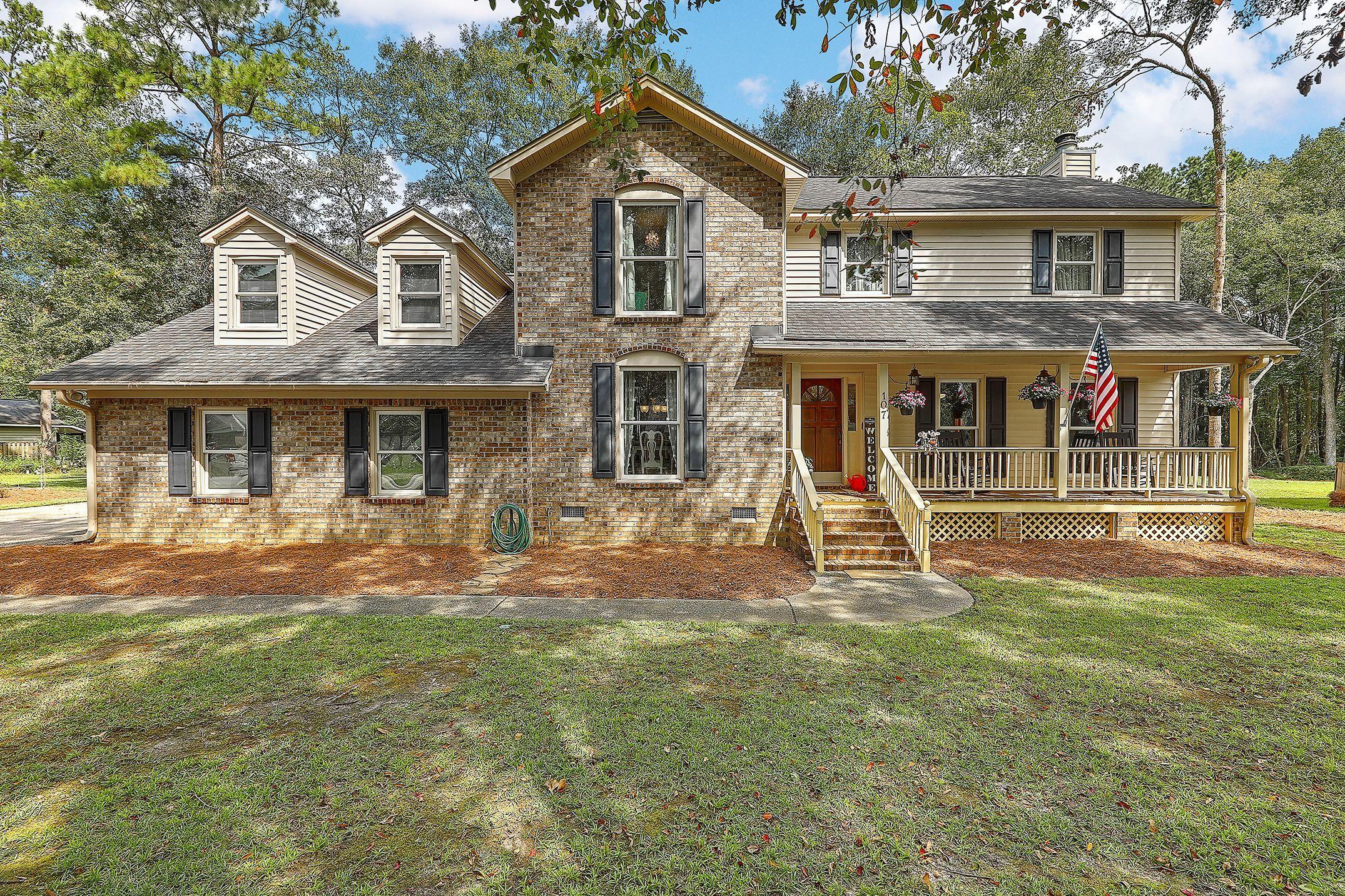 107 Queensbury Circle Goose Creek, SC 29445