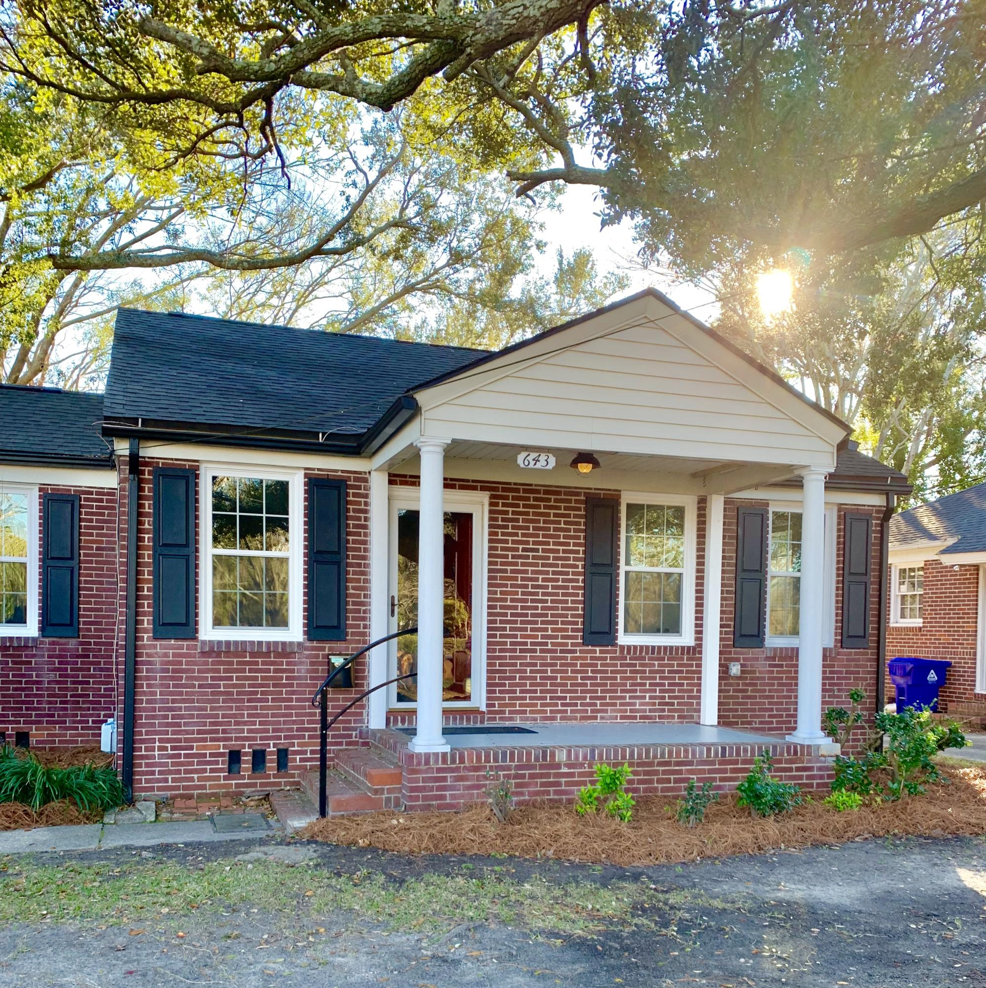 643 Savannah Highway Charleston, SC 29407