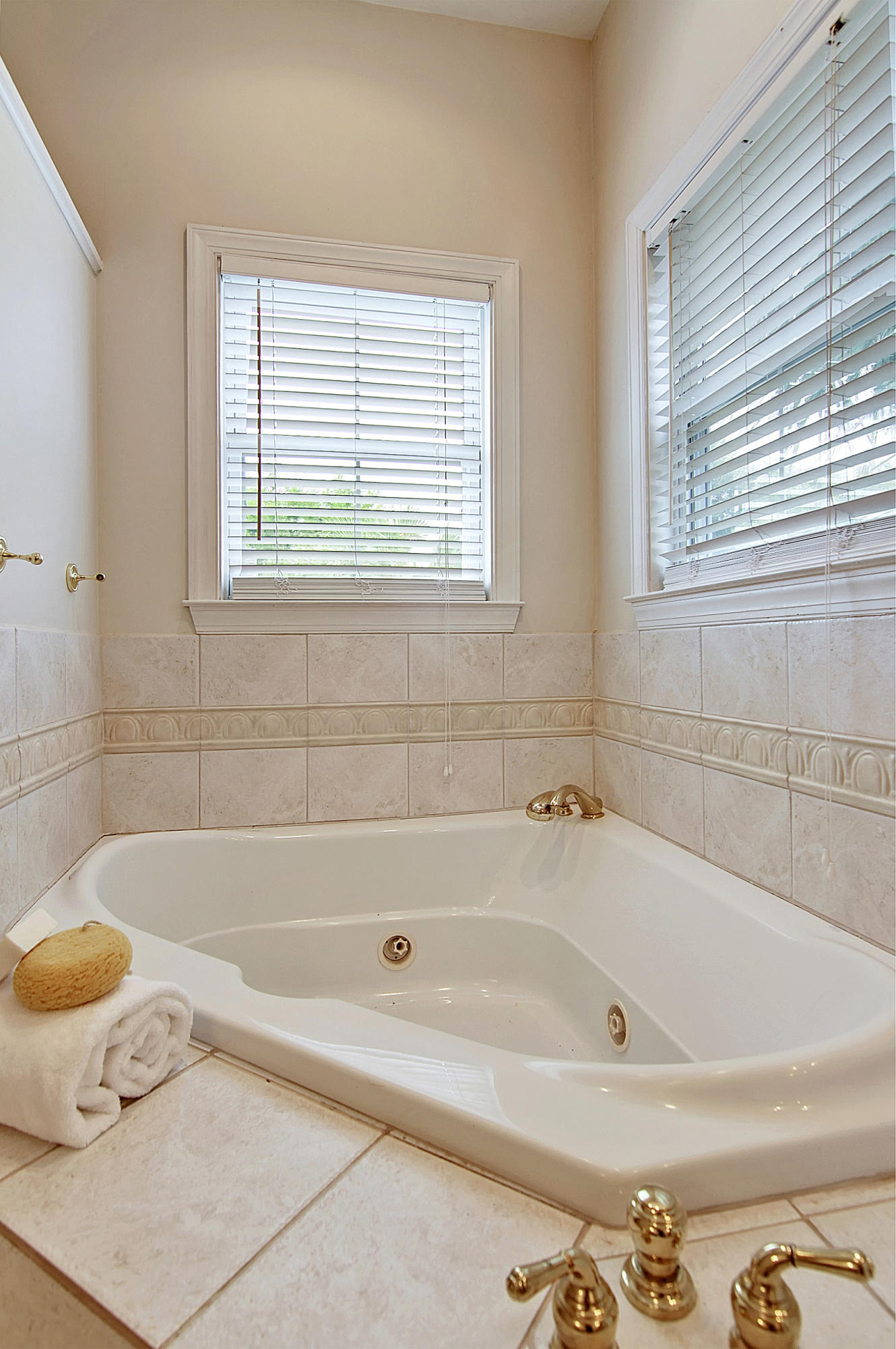 Wagener Terrace Homes For Sale - 136 Darlington, Charleston, SC - 10