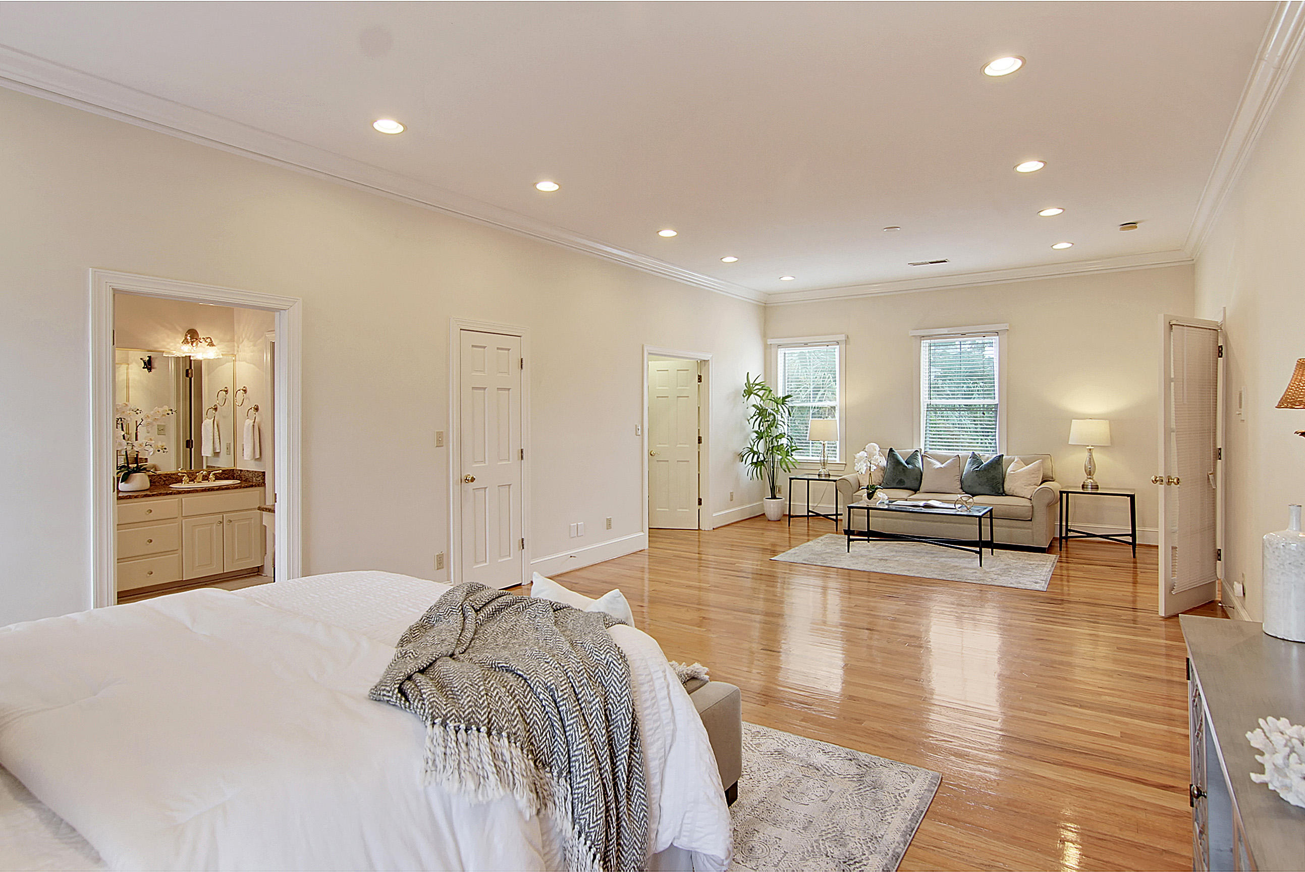 Wagener Terrace Homes For Sale - 136 Darlington, Charleston, SC - 12