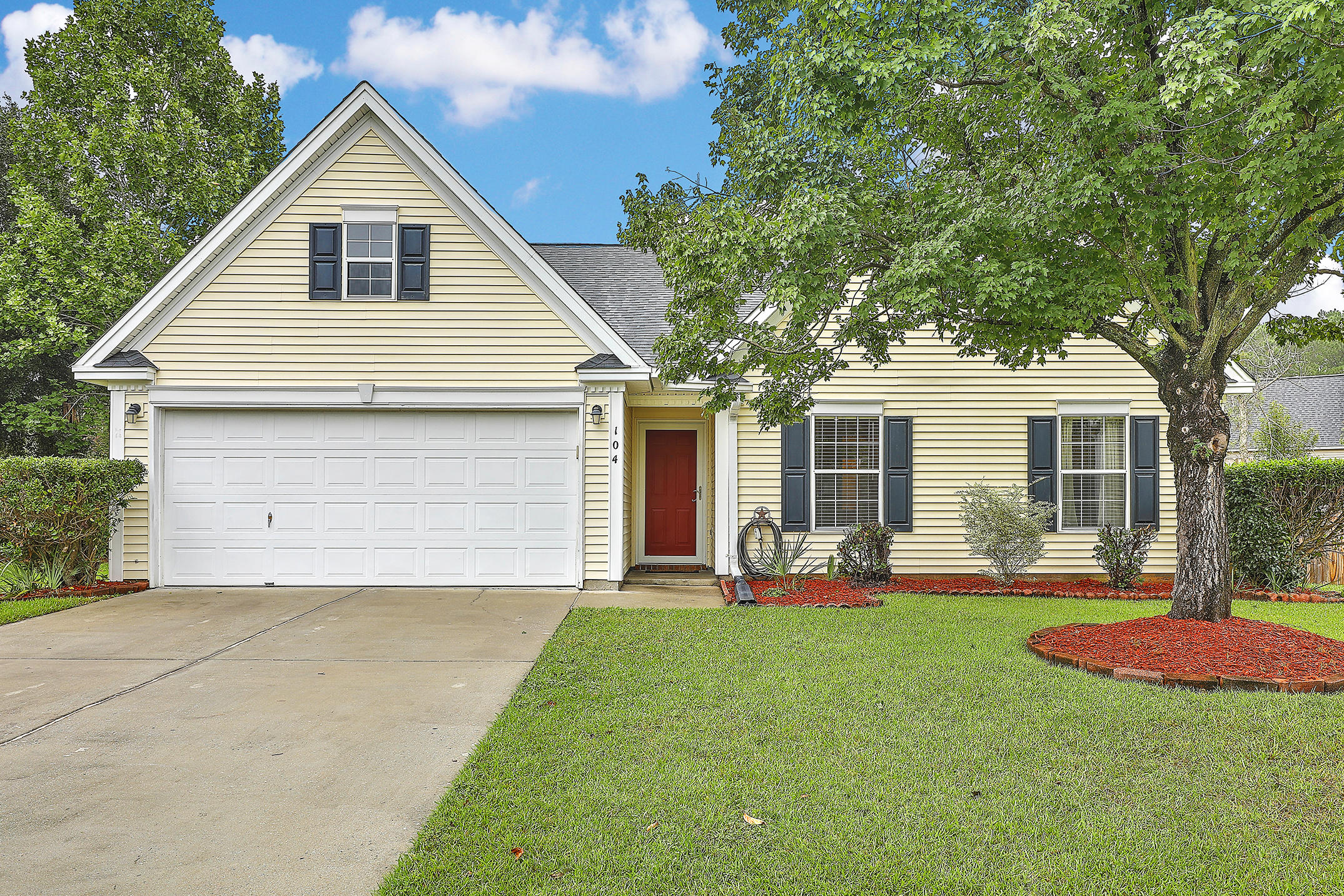 104 Lancaster Court Goose Creek, SC 29445