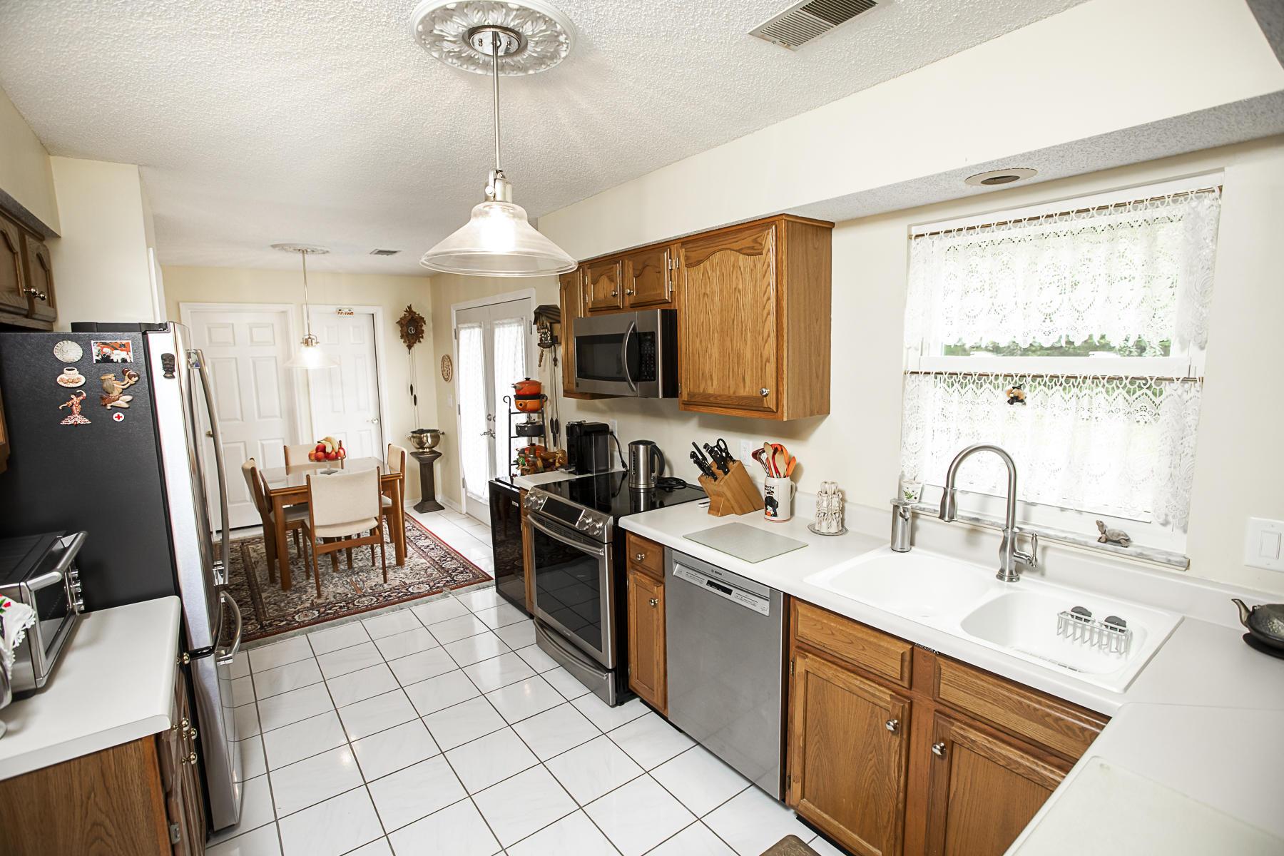Crown Pointe Homes For Sale - 1439 Diamond, Mount Pleasant, SC - 11