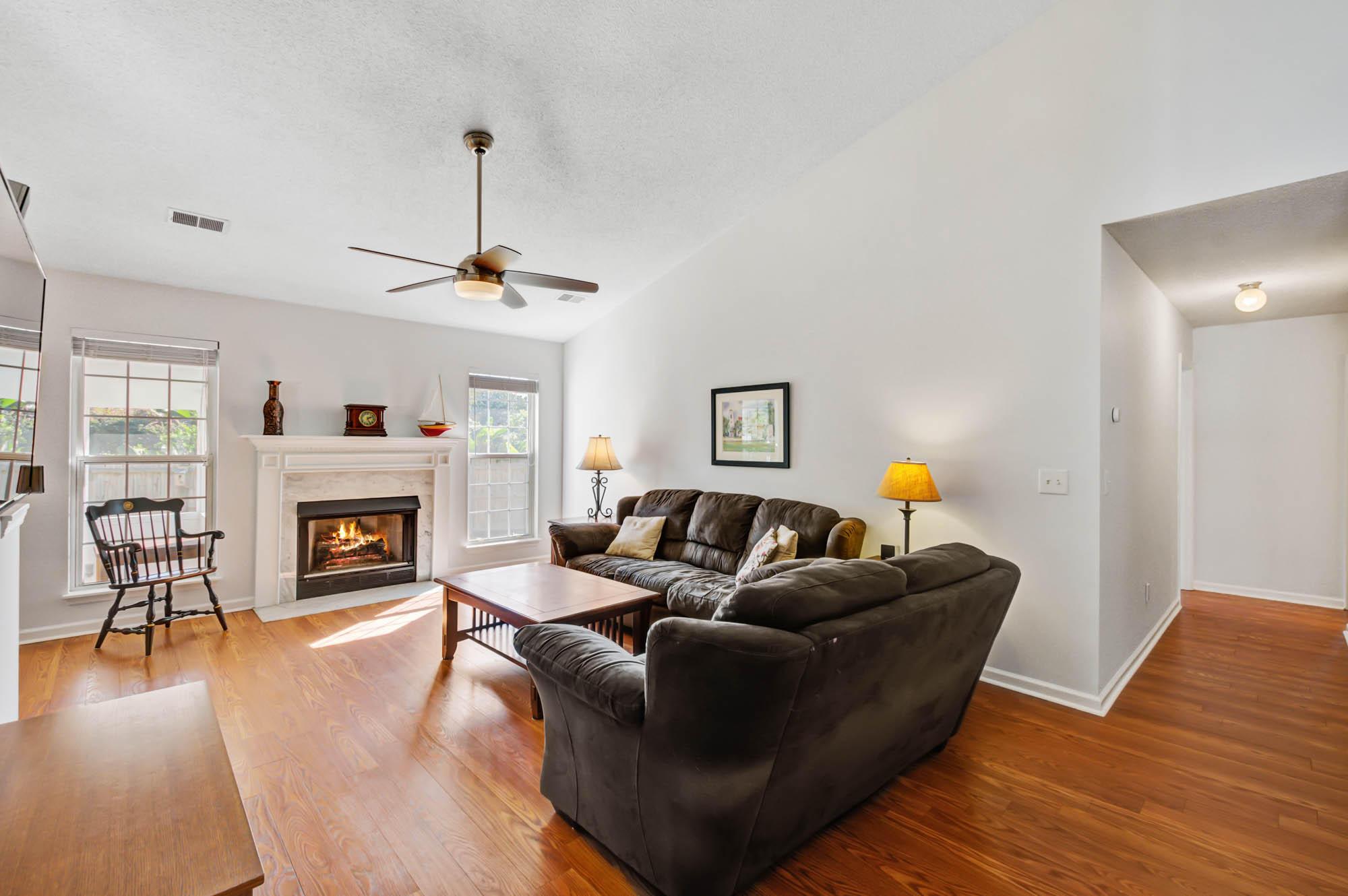 Glen Lake Homes For Sale - 728 Veron, Mount Pleasant, SC - 18