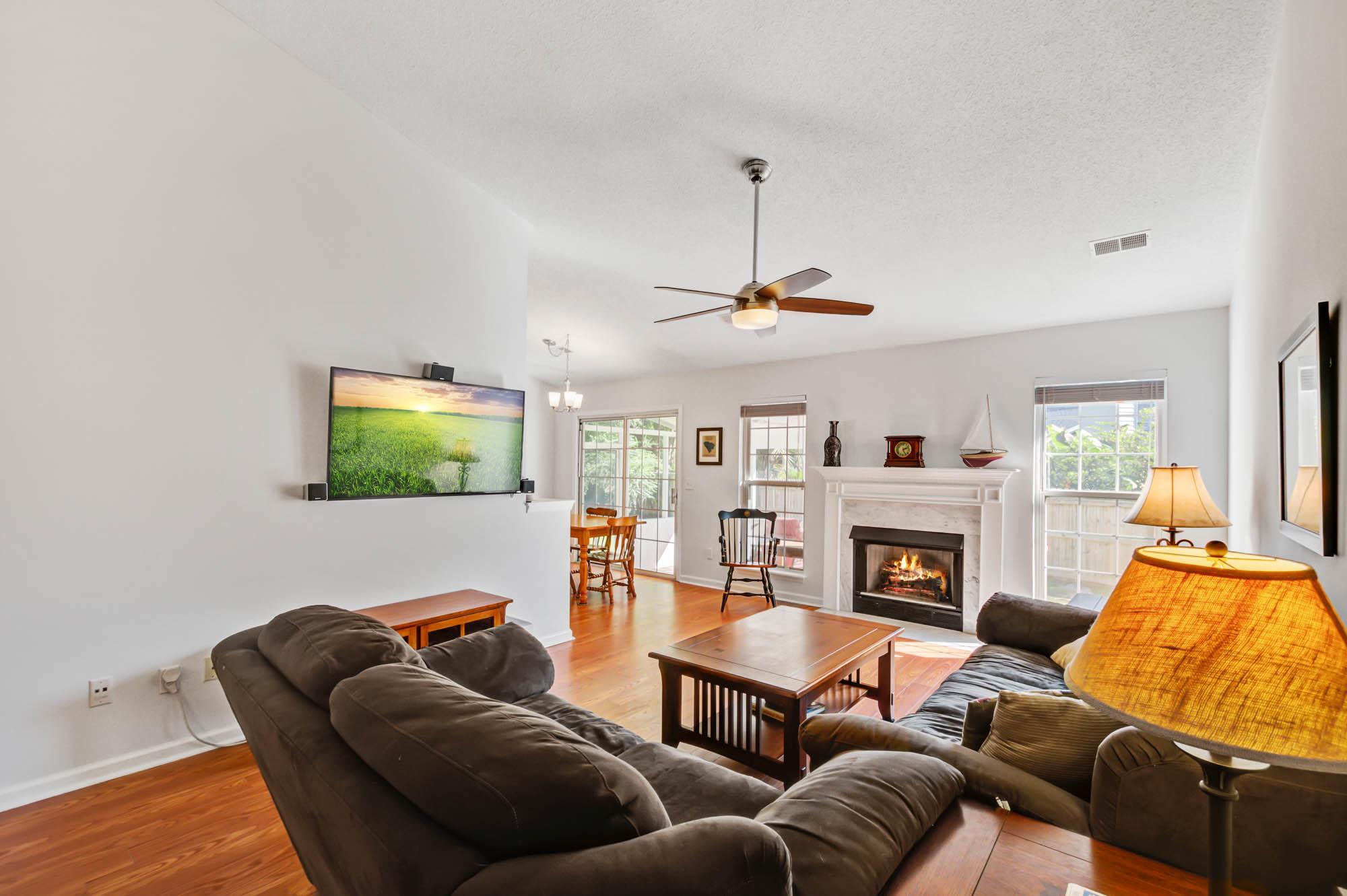 Glen Lake Homes For Sale - 728 Veron, Mount Pleasant, SC - 24