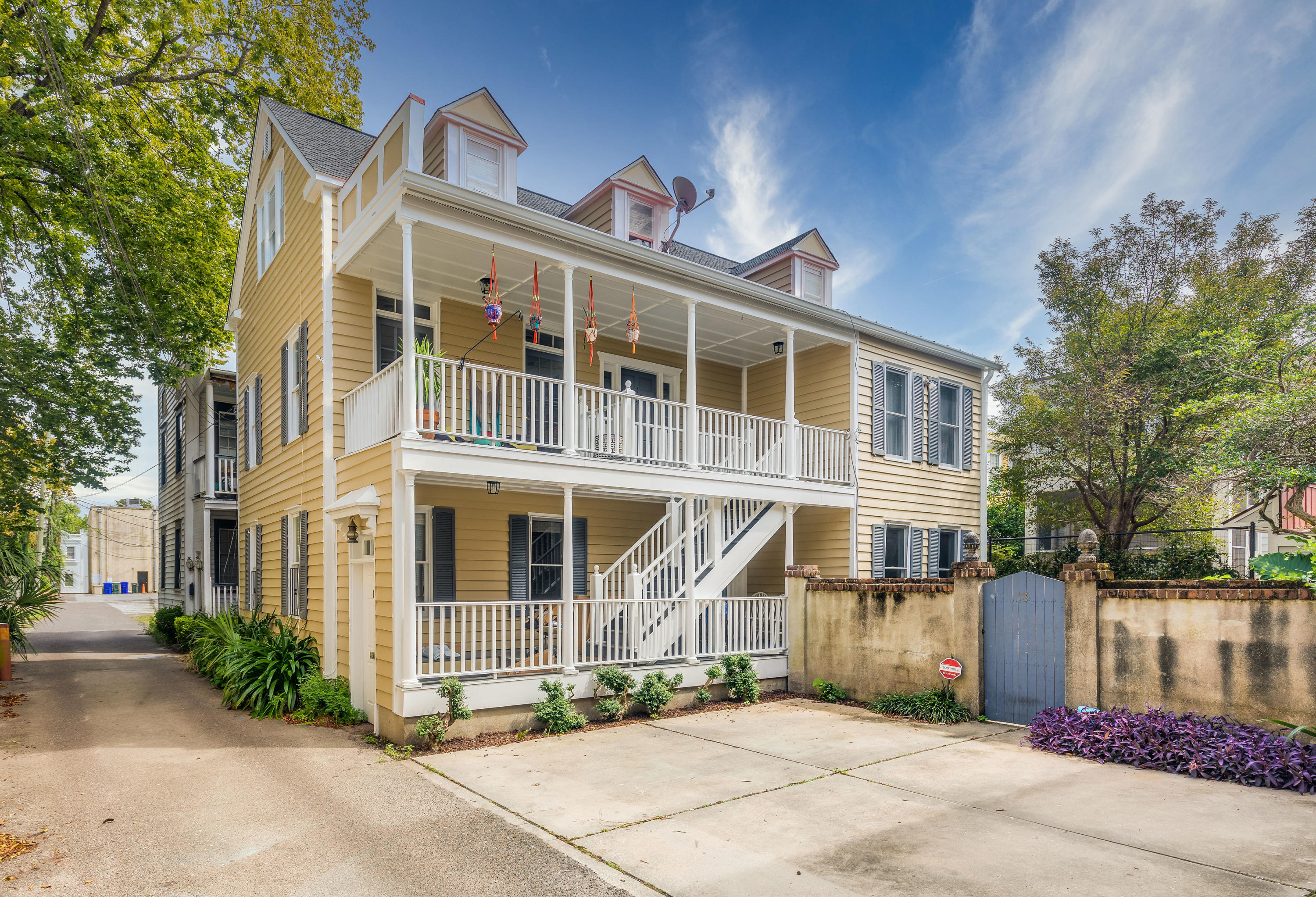 13 Jacobs Alley Charleston, SC 29401