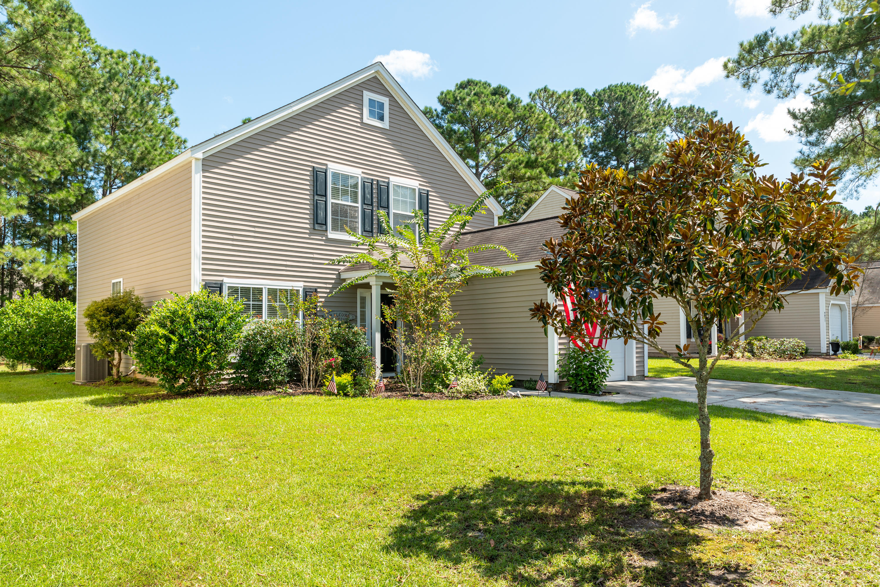 9033 Robins Nest Way Summerville, SC 29485