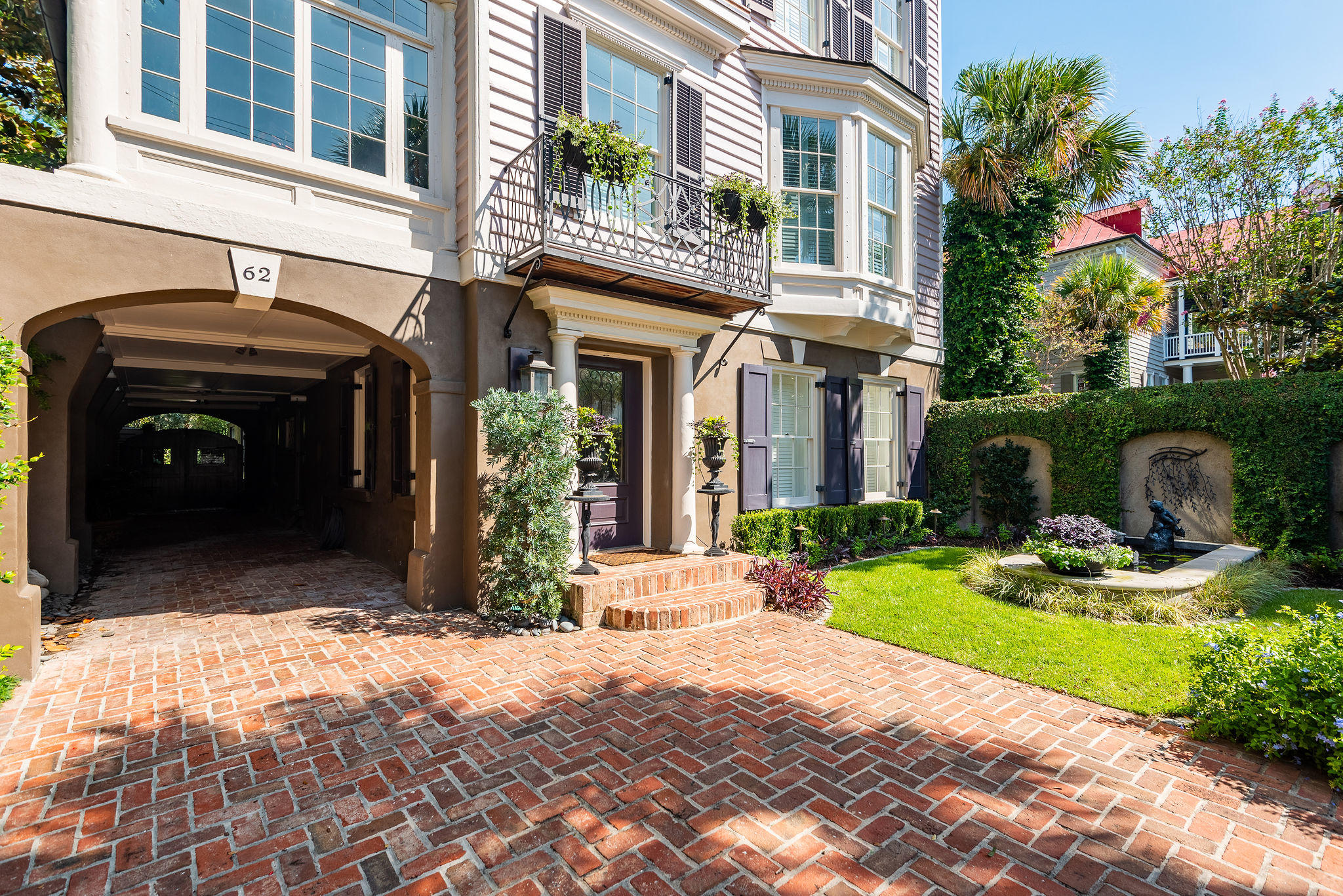 South of Broad Homes For Sale - 62 Battery, Charleston, SC - 4