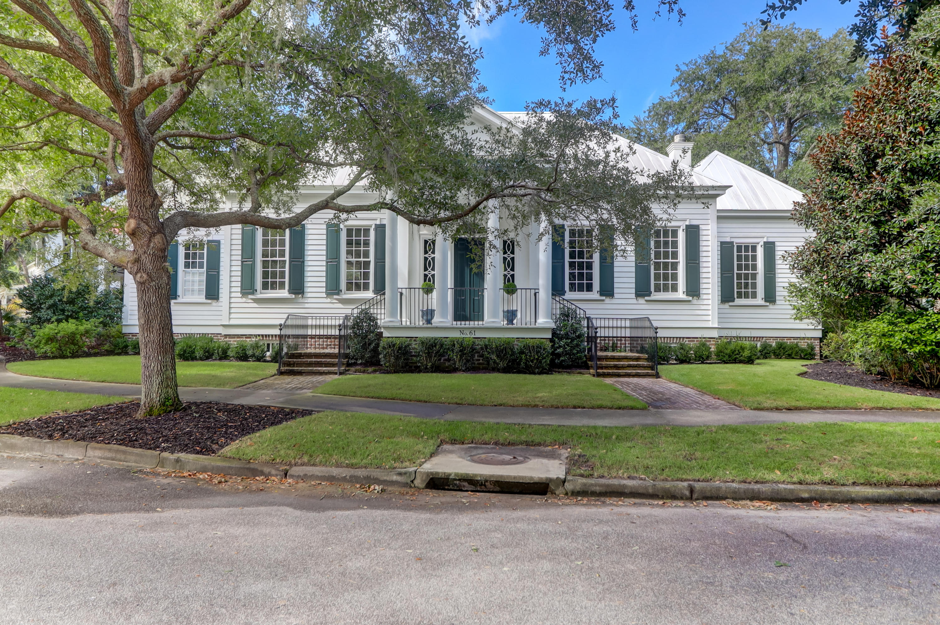 61 Ponsbury Road Mount Pleasant, SC 29464