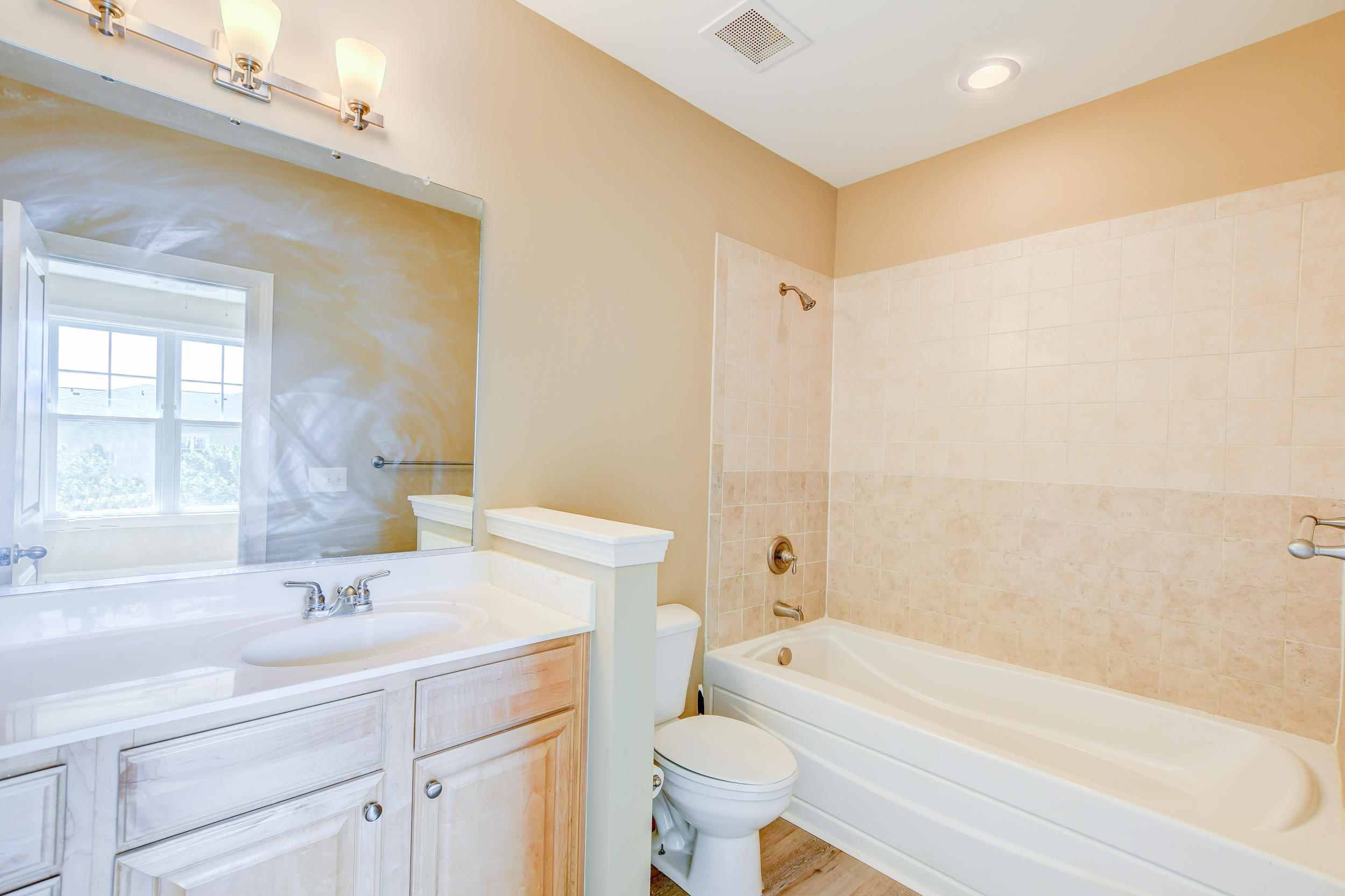 One Belle Hall Homes For Sale - 2100 Belle Isle, Mount Pleasant, SC - 12