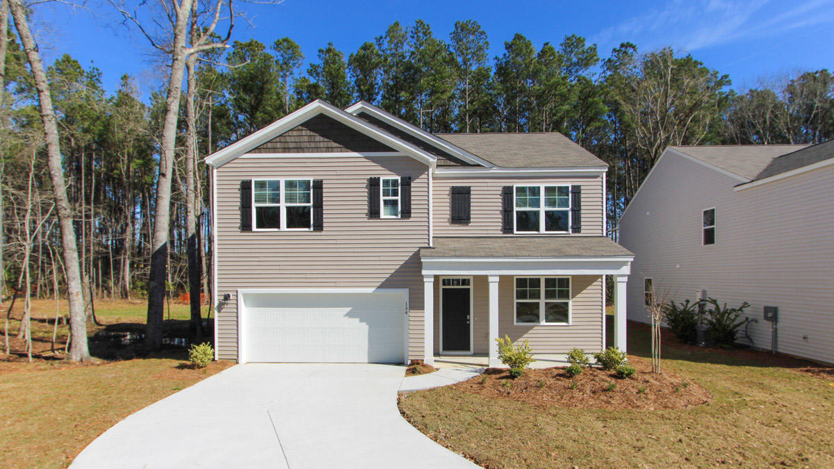 302 Willow Pointe Circle Summerville, SC 29486