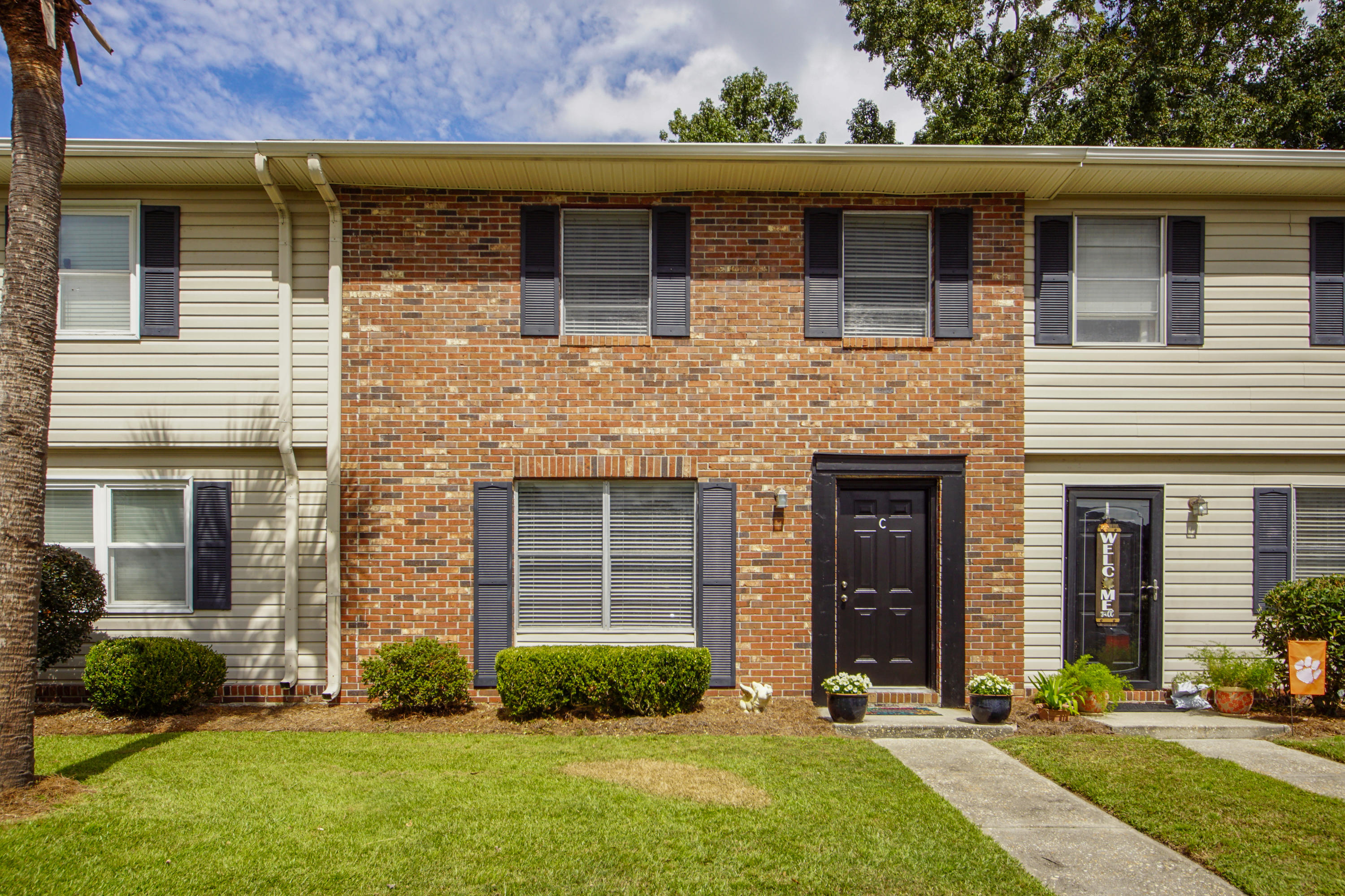 415 Parkdale Drive UNIT 16-C Charleston, SC 29414