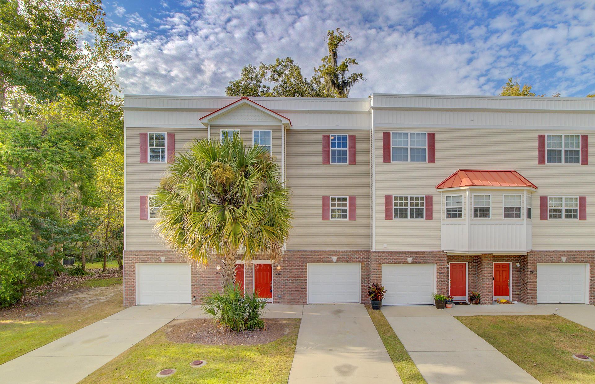 4608 N Palm View Circle North Charleston, SC 29418