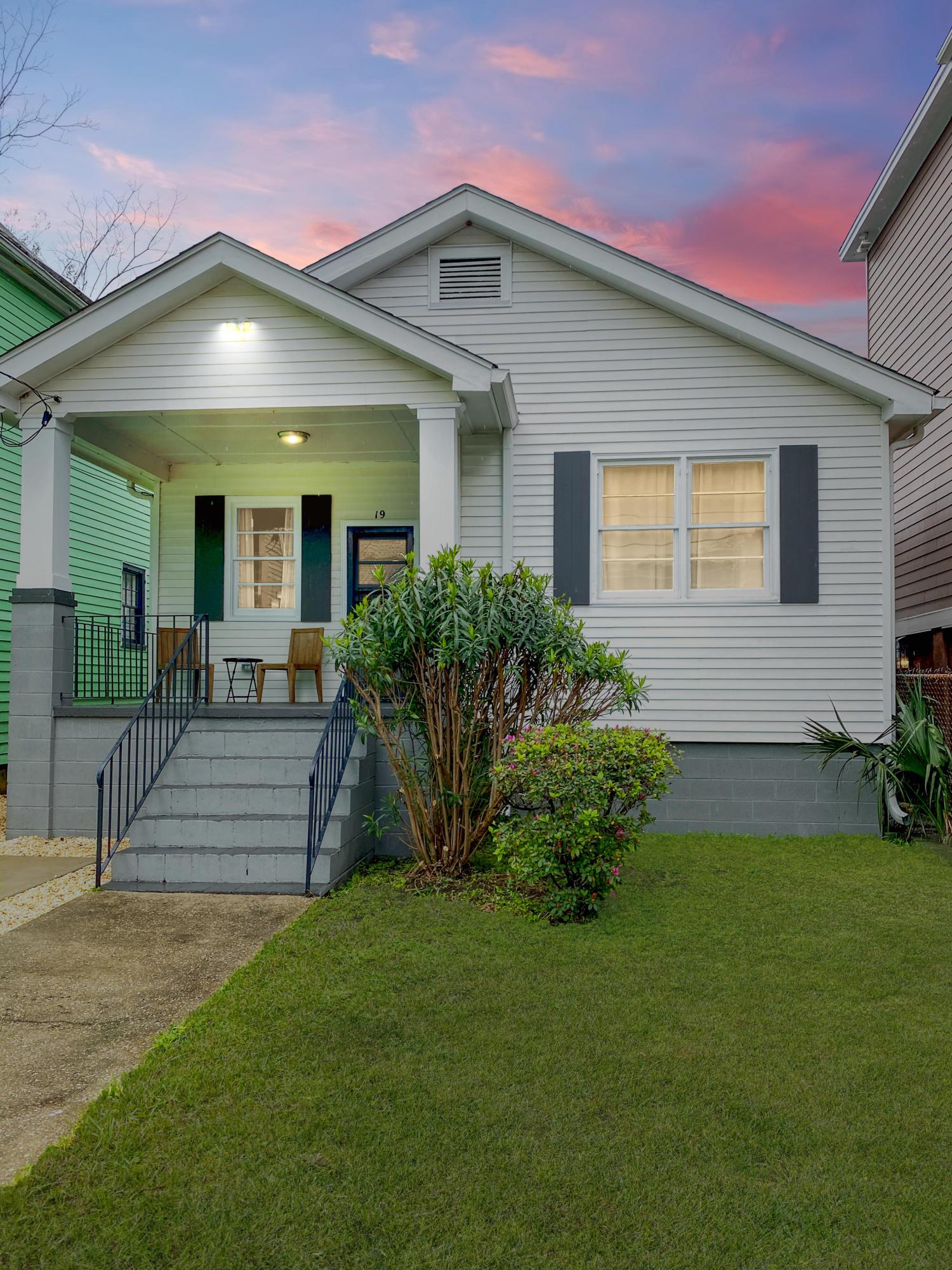 19 Aiken Street Charleston, SC 29403