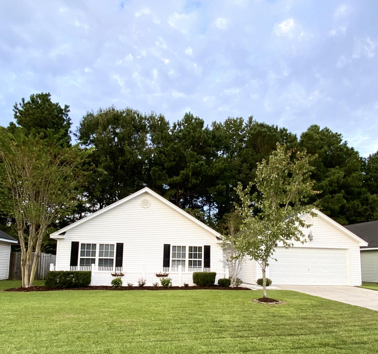 327 Sunburst Way Summerville, SC 29483
