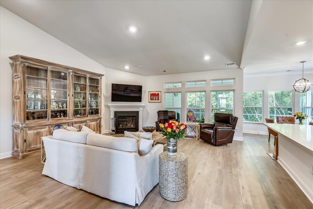 Park West Homes For Sale - 1372 Honor, Mount Pleasant, SC - 3
