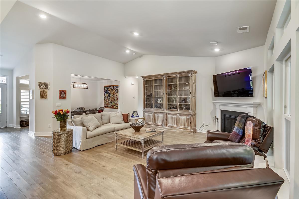 Park West Homes For Sale - 1372 Honor, Mount Pleasant, SC - 8