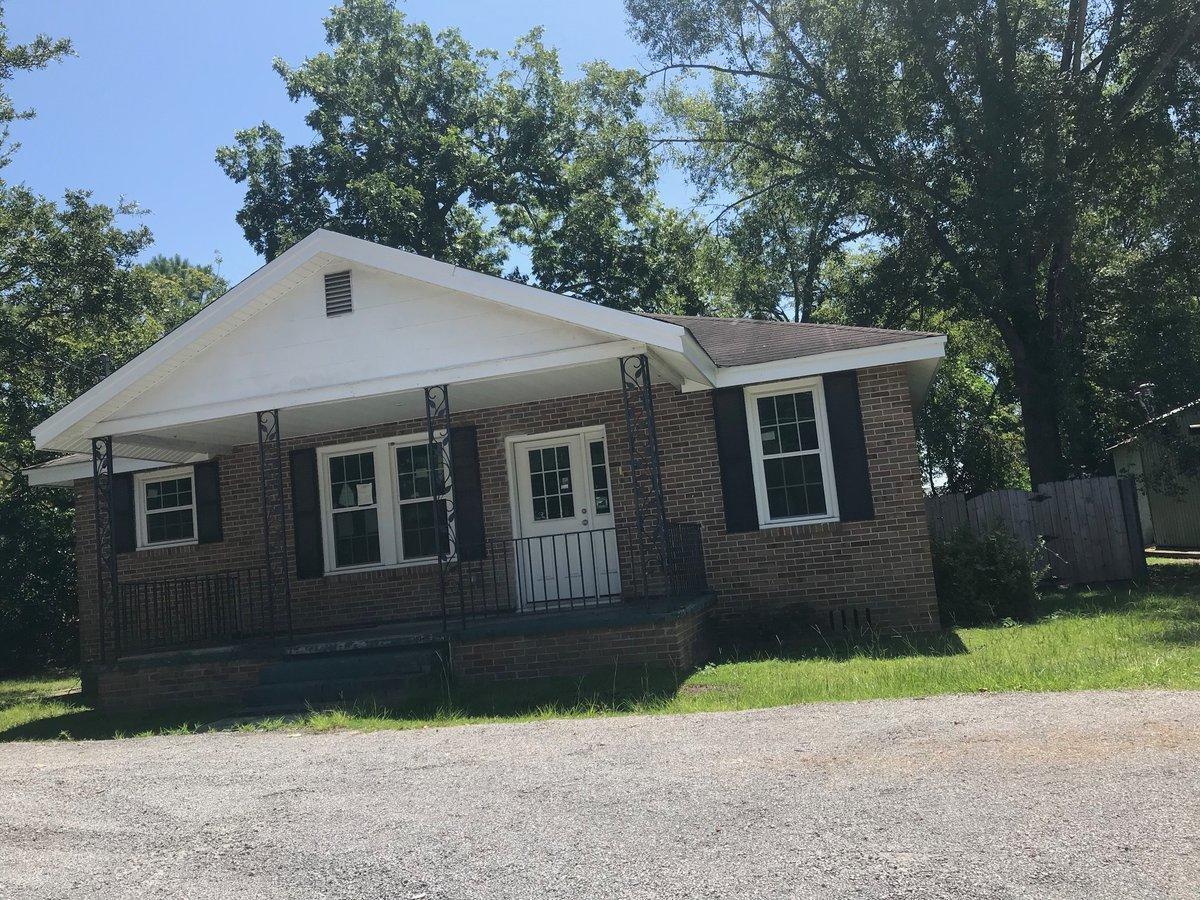 403 N Gum Street Summerville, SC 29483