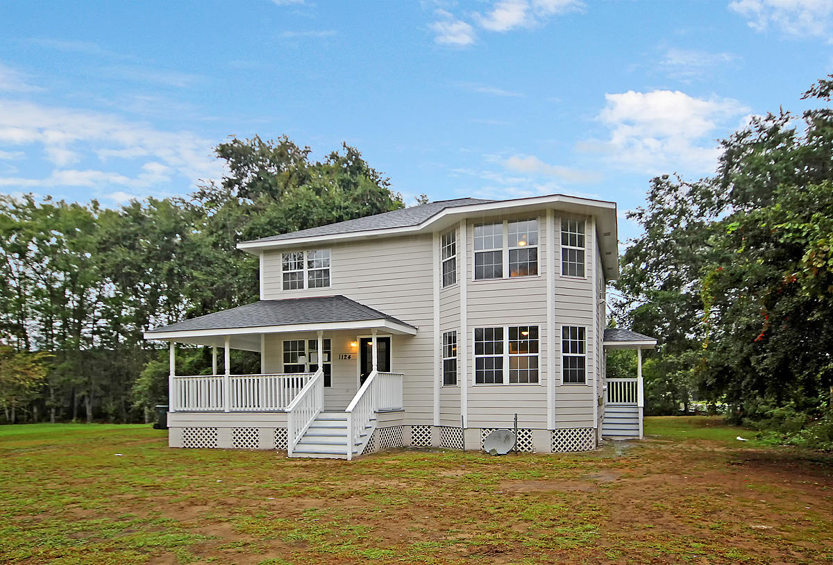 1124 Crystal Rd Mount Pleasant, SC 29466