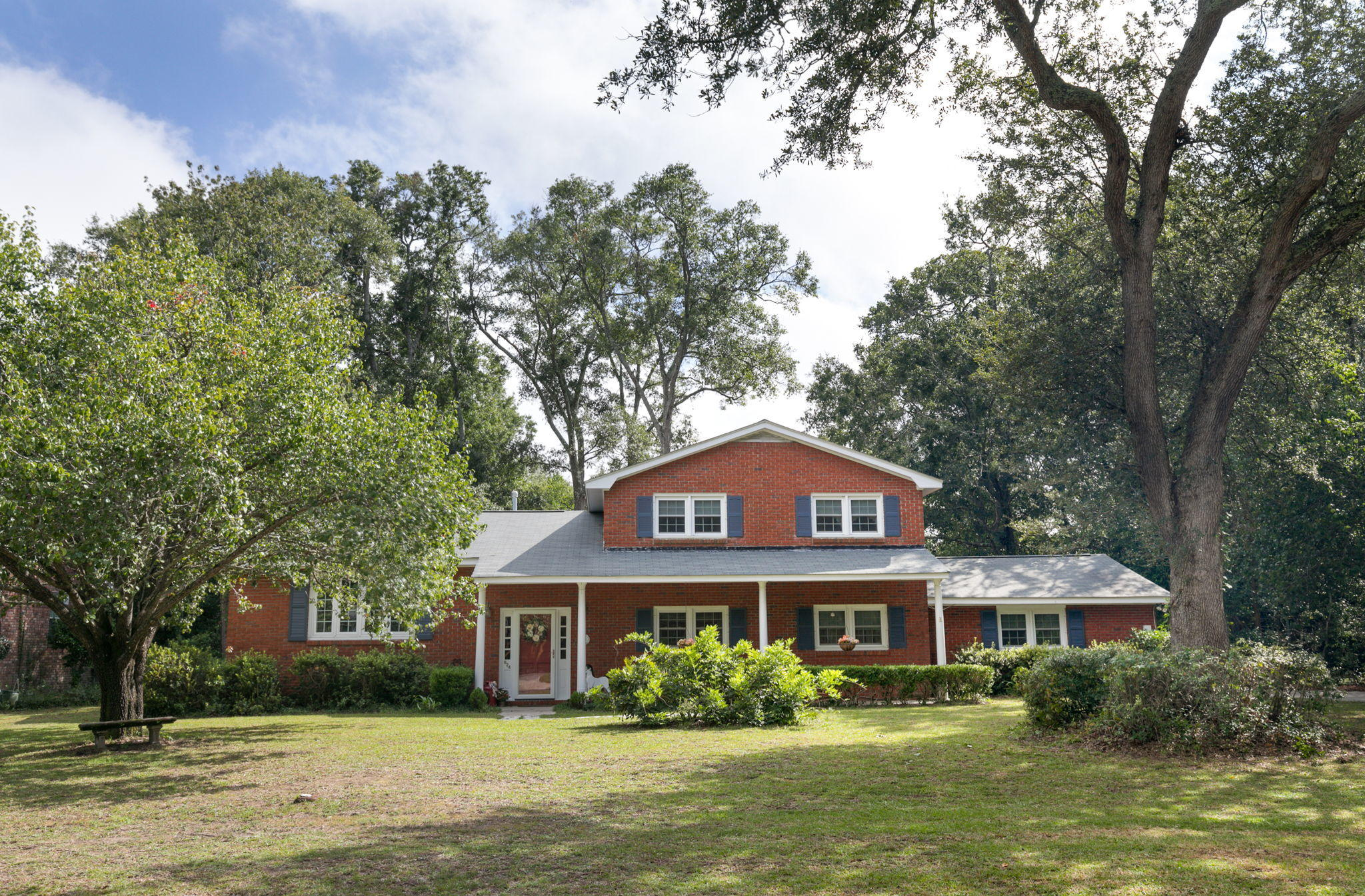 824 Jeb Stuart Road Charleston, SC 29412