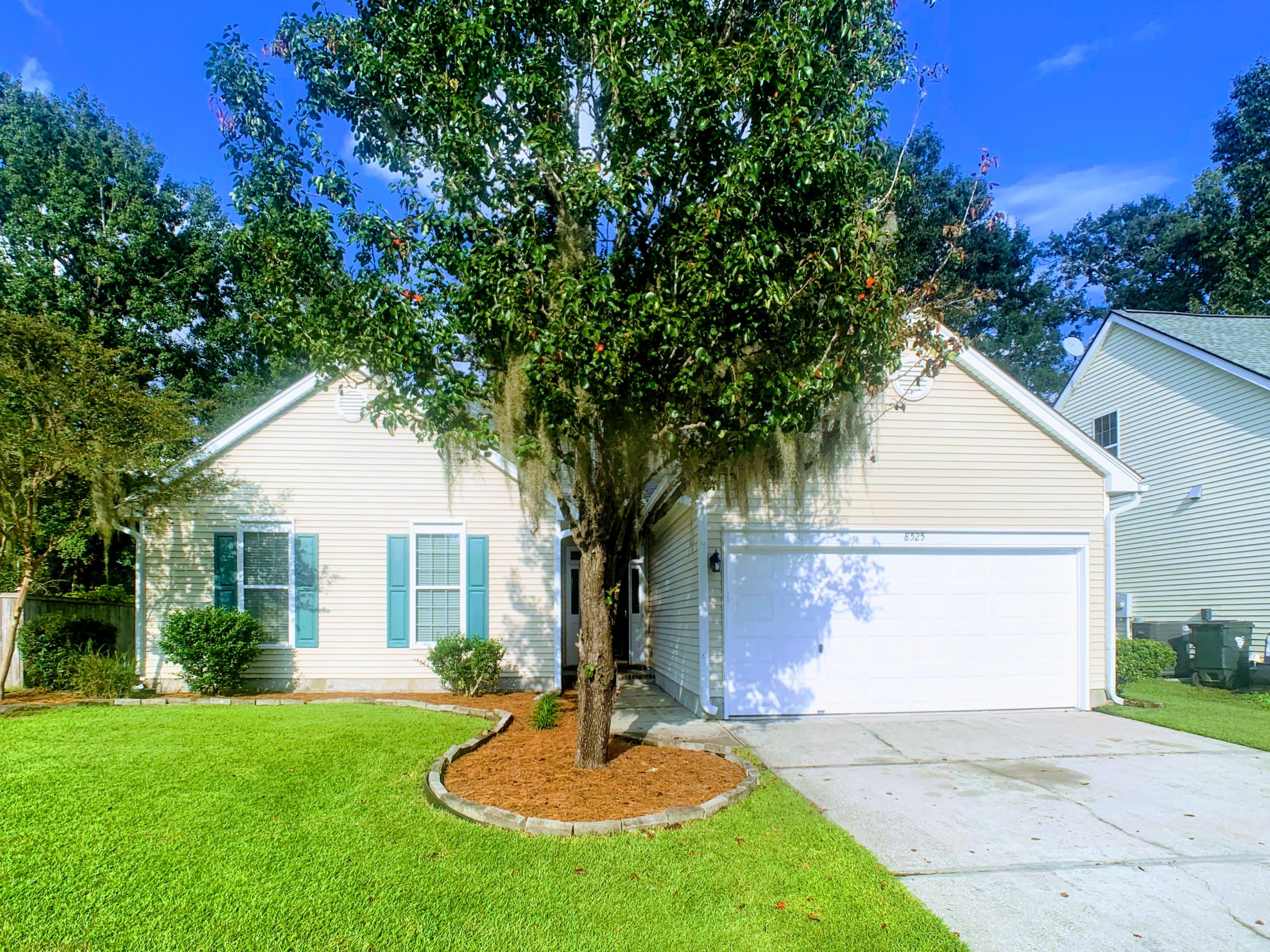 8525 Falling Leaf Lane Charleston, SC 29420