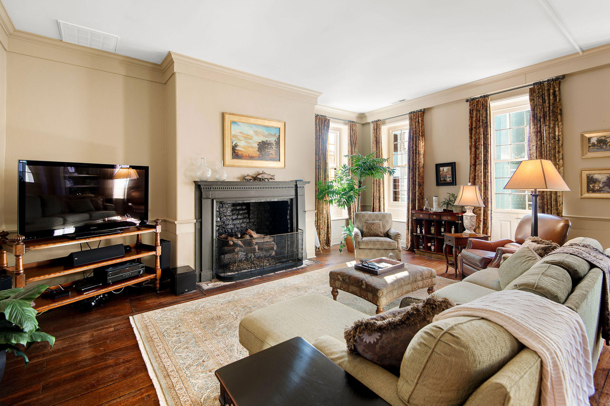 South of Broad Homes For Sale - 54 Tradd, Charleston, SC - 3