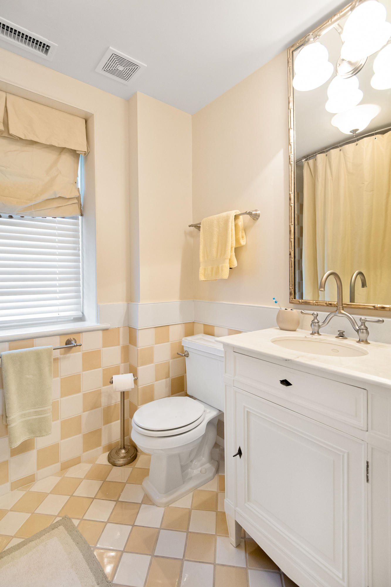 South of Broad Homes For Sale - 54 Tradd, Charleston, SC - 52