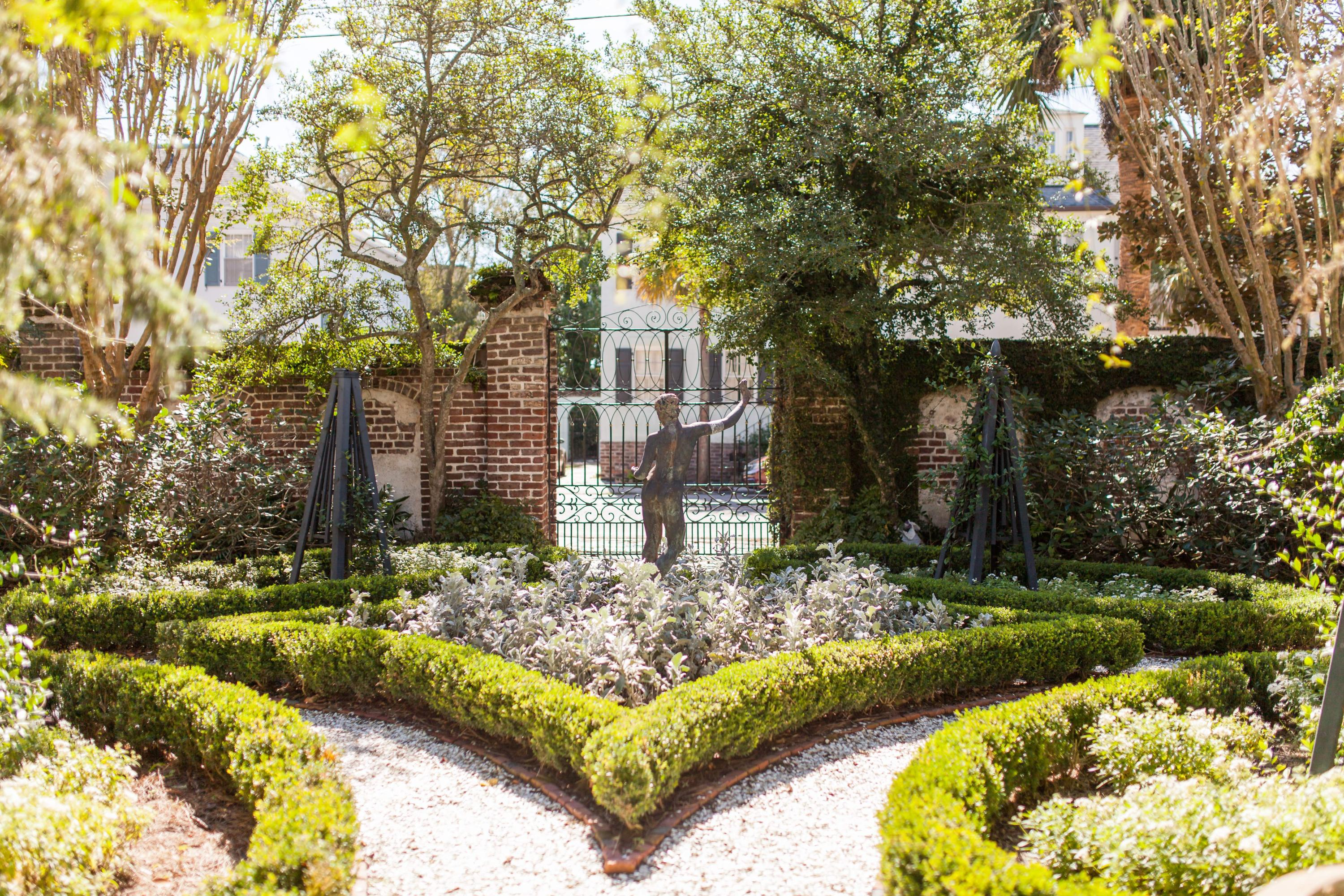 South of Broad Homes For Sale - 58 South Battery, Charleston, SC - 17